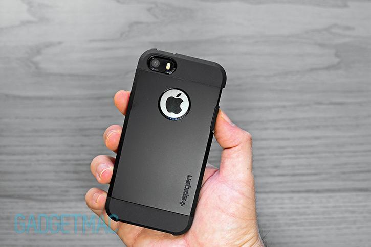 spigen_iphone_5s_tough_armor_case_black.jpg