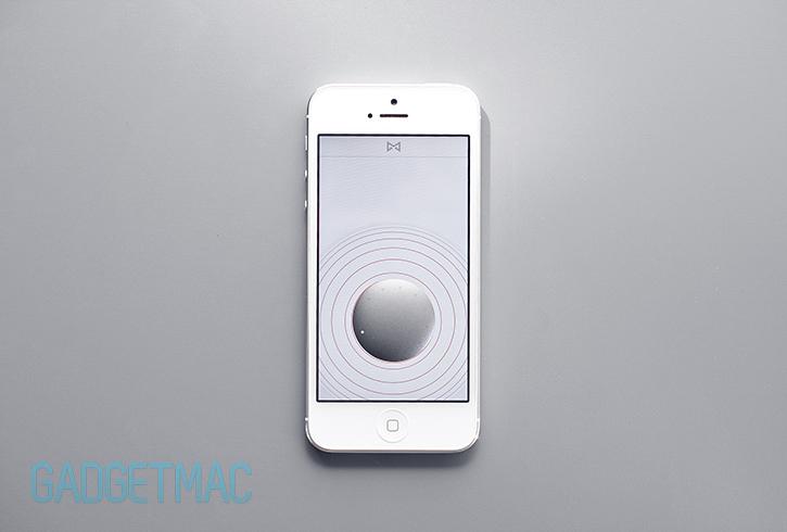 misfit_shine_sync_iphone_5.jpg