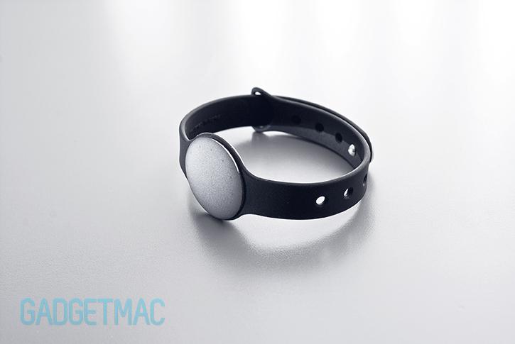 misfit_shine_fitness_wrist_tracker_2.jpg