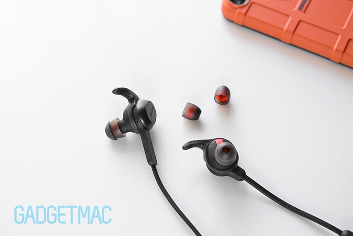 jabra_rox_wireless_in_ear_headphones_with_earwings.jpg