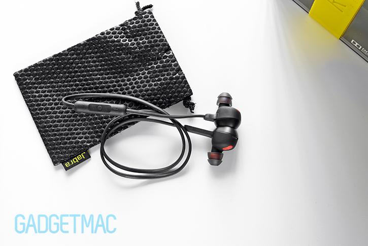 jabra-rox-bluetooth-wireless-in-ear-headset-for-android-ios-windows-phone-black-top.jpg