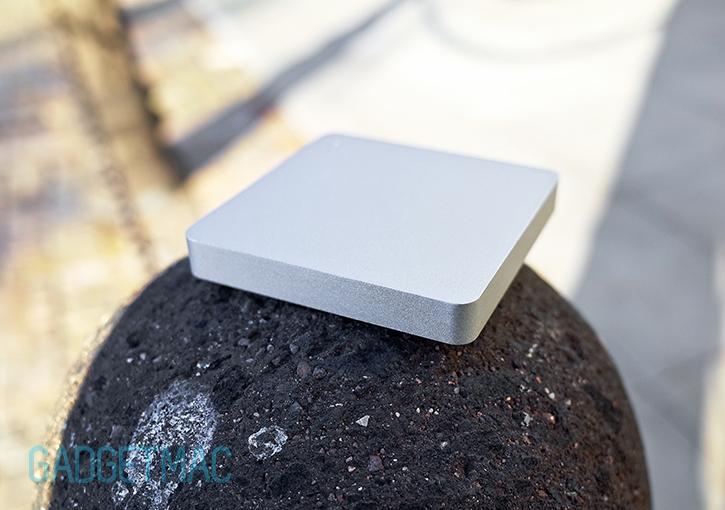 calibre_ultra_go_mini_portable_aluminum_backup_battery_charger_1.jpg