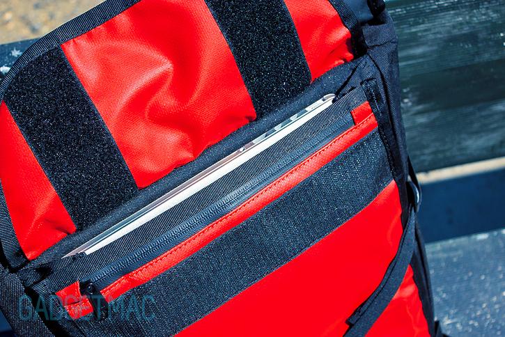 chrome_bravo_backpack_retina_macbook_pro.jpg