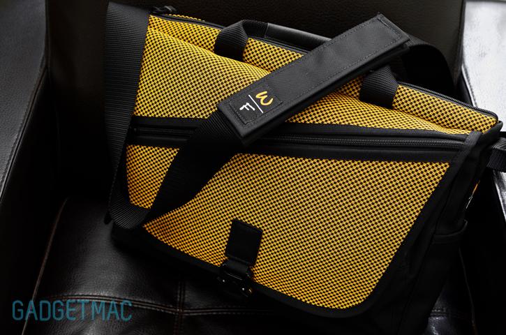 waterfield-cargo-messenger-bag-strap.jpg