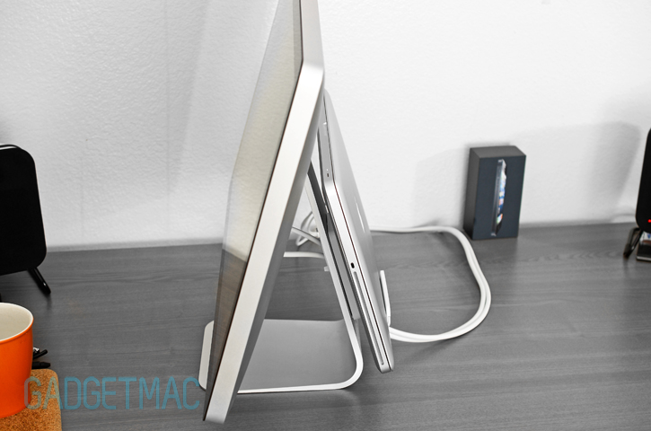 alurack_aluminum_macbook_mount_apple_display.jpg