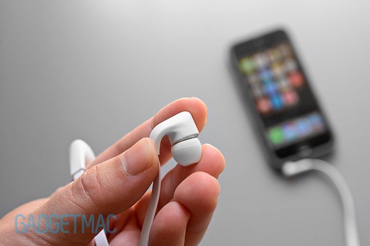 a-jays-five-in-ear-headphones-materials.jpg