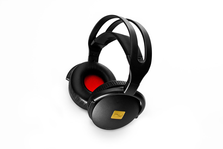 nuforce_hp800_headphones_hero.jpg