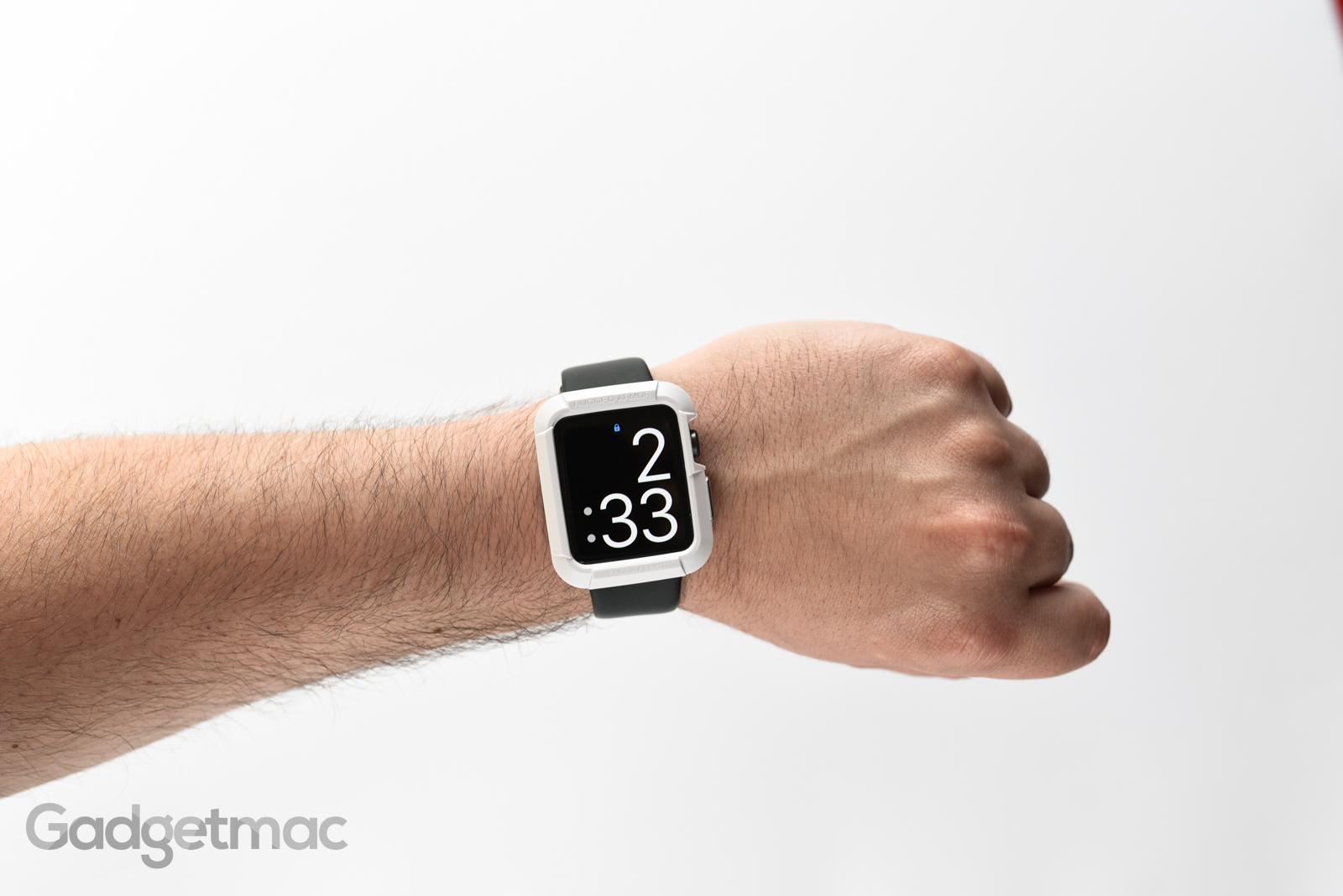 spigen-apple-watch-rugged-armor-case-white.jpg