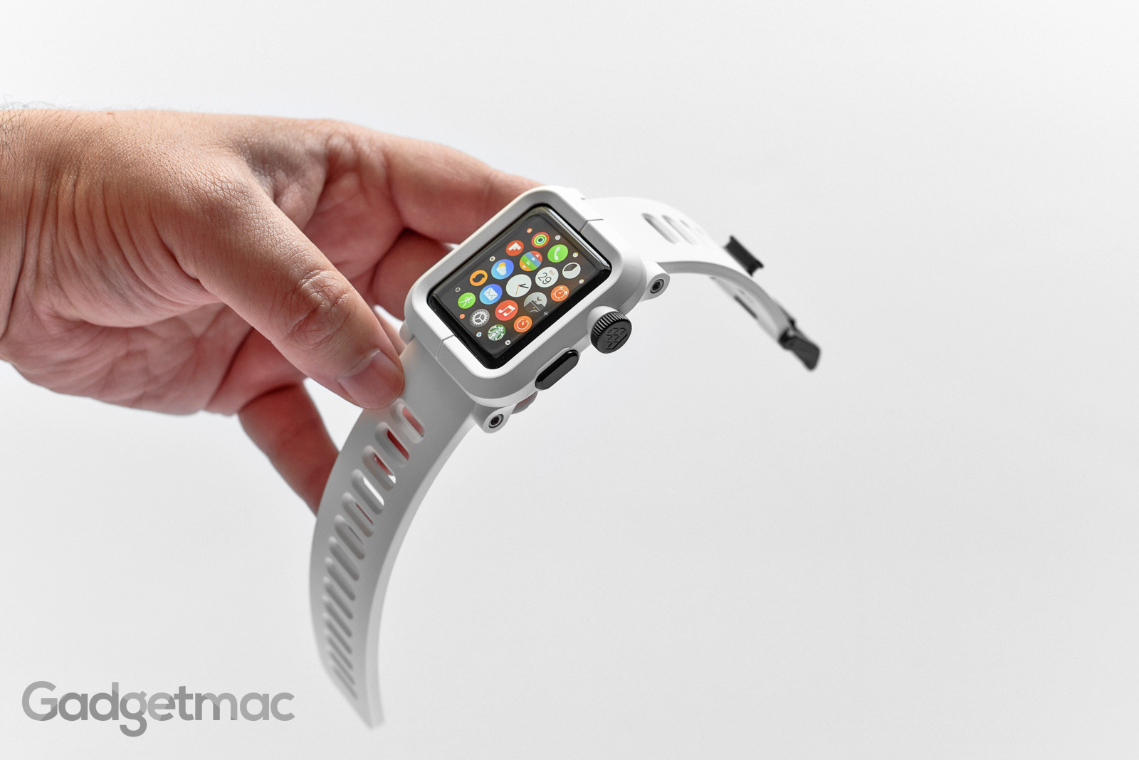 lunatik_epik_polycarbonate_white_apple_watch_case_with_band.jpg