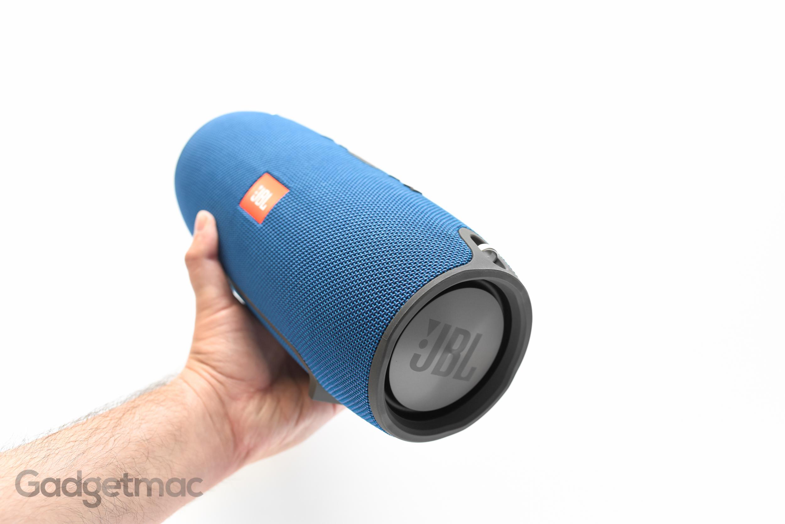 jbl-xtreme-portable-wireless-speaker-blue.jpg