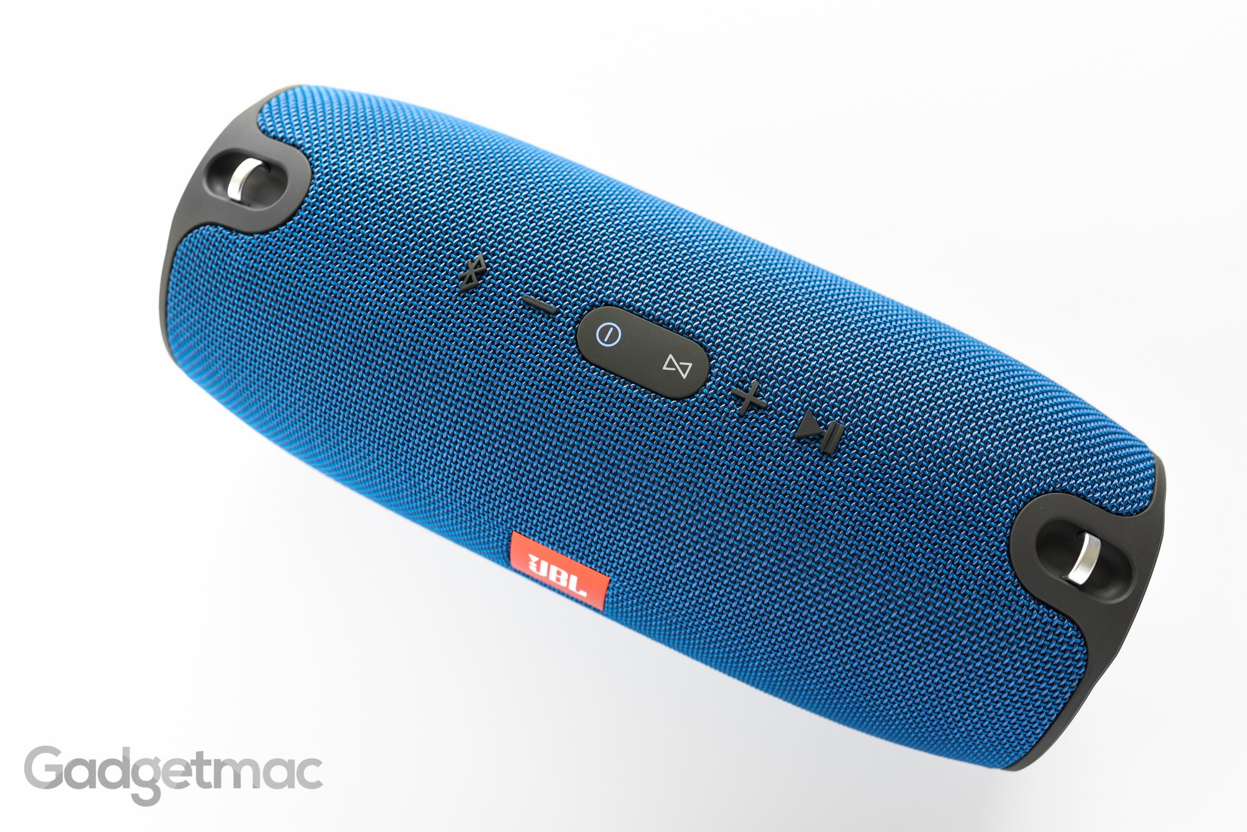 jbl-xtreme-portable-wireless-speaker-button-controls.jpg