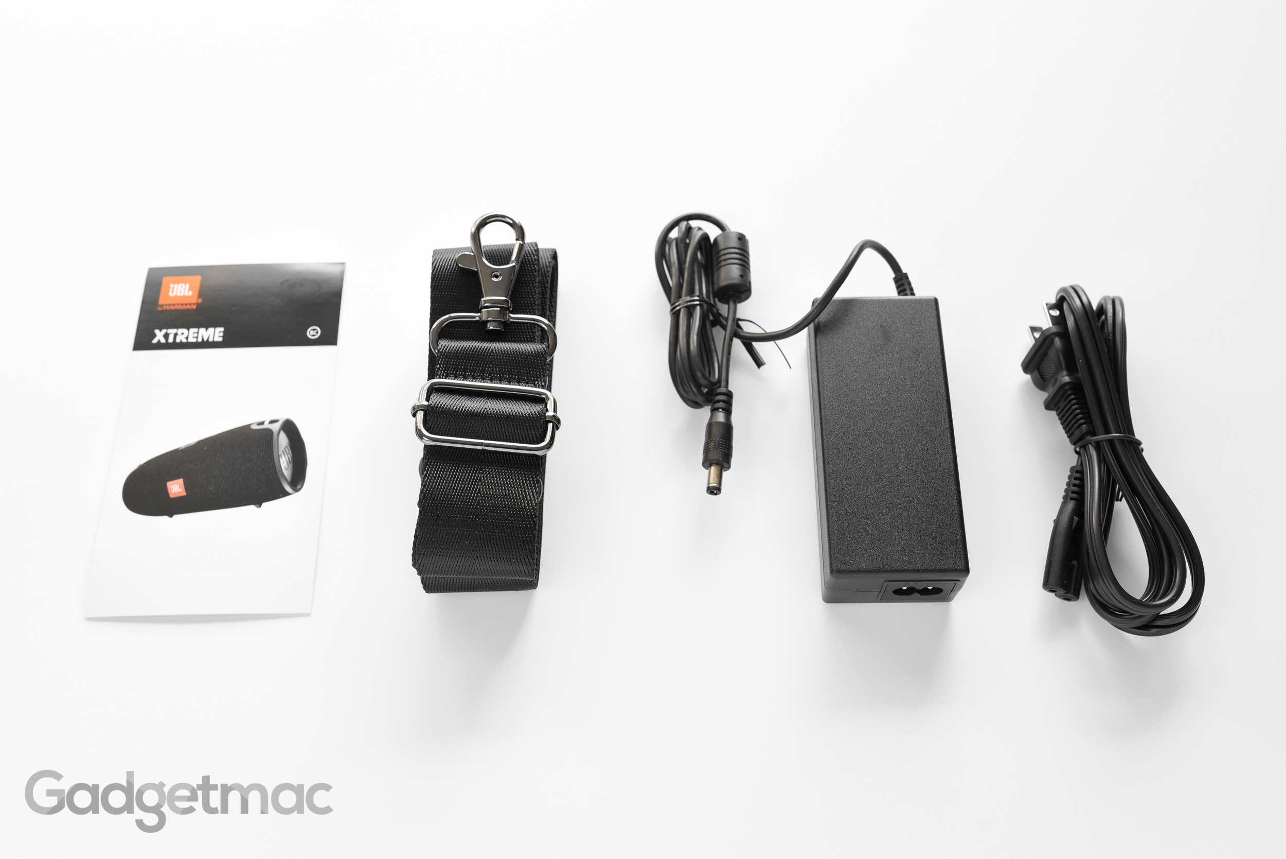 jbl-xtreme-included-accessories.jpg