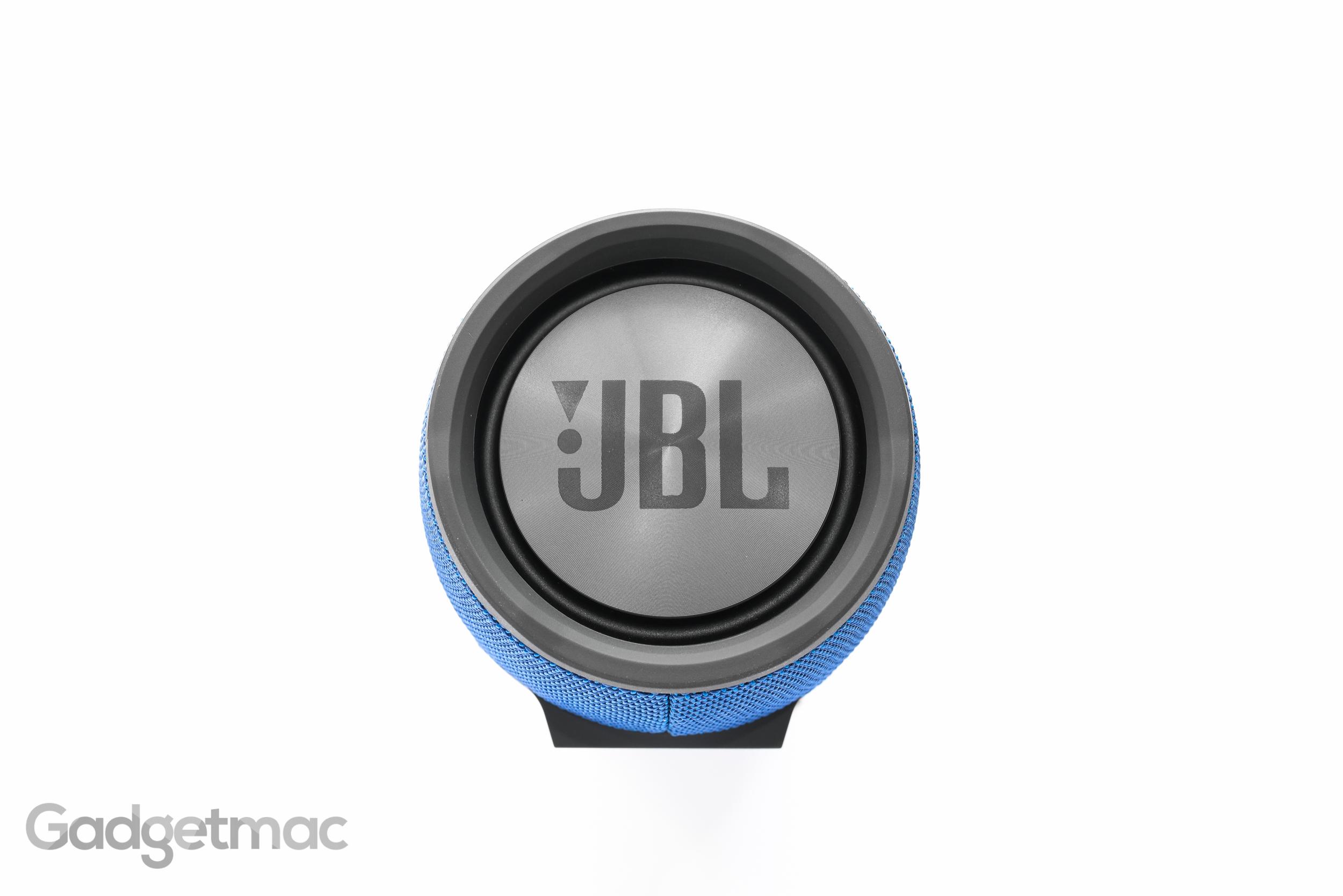 jbl-xtreme-portable-speaker-side-passive-bass-radiator.jpg