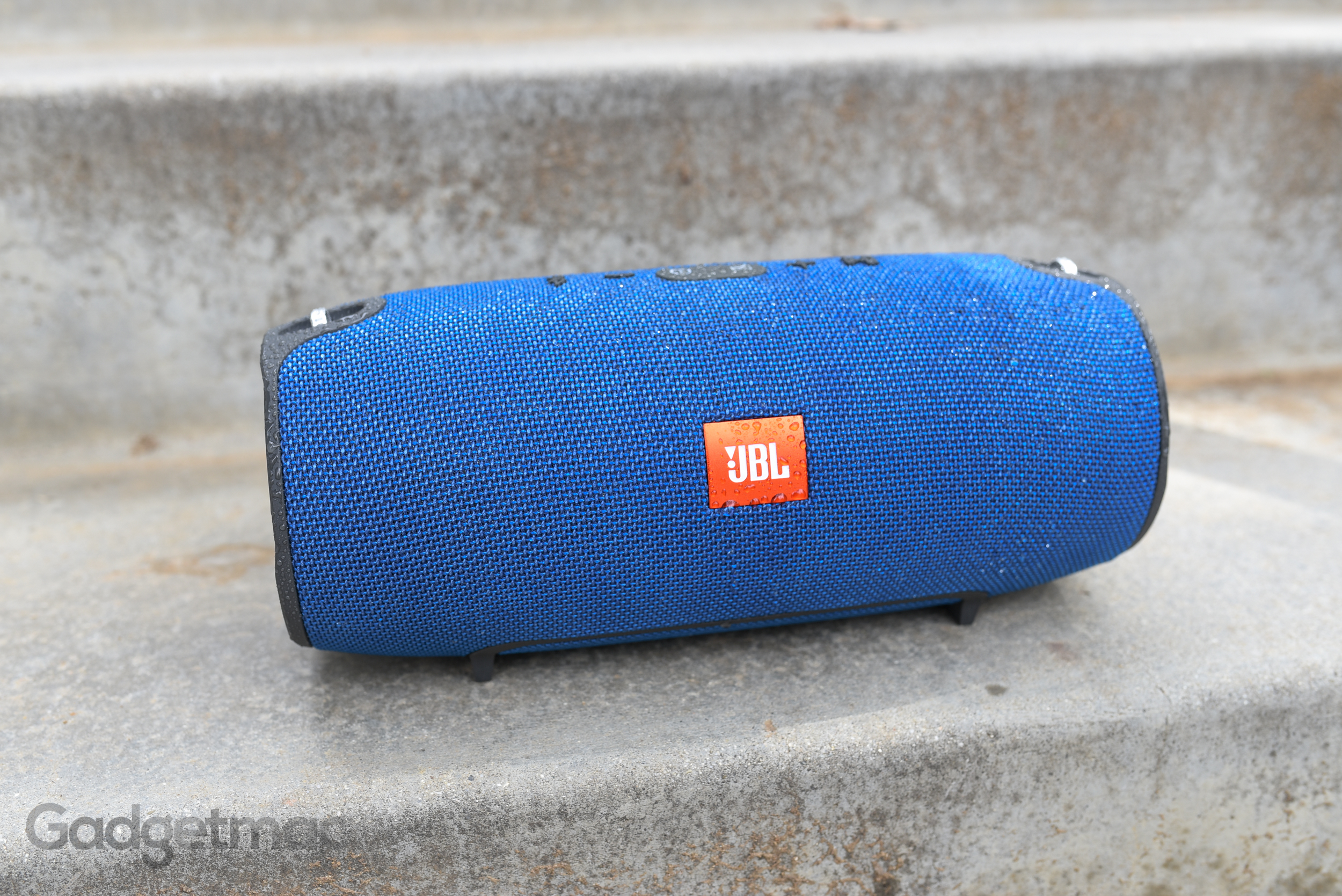 jbl-xtreme-water-resistant-portable-wireless-speaker.jpg