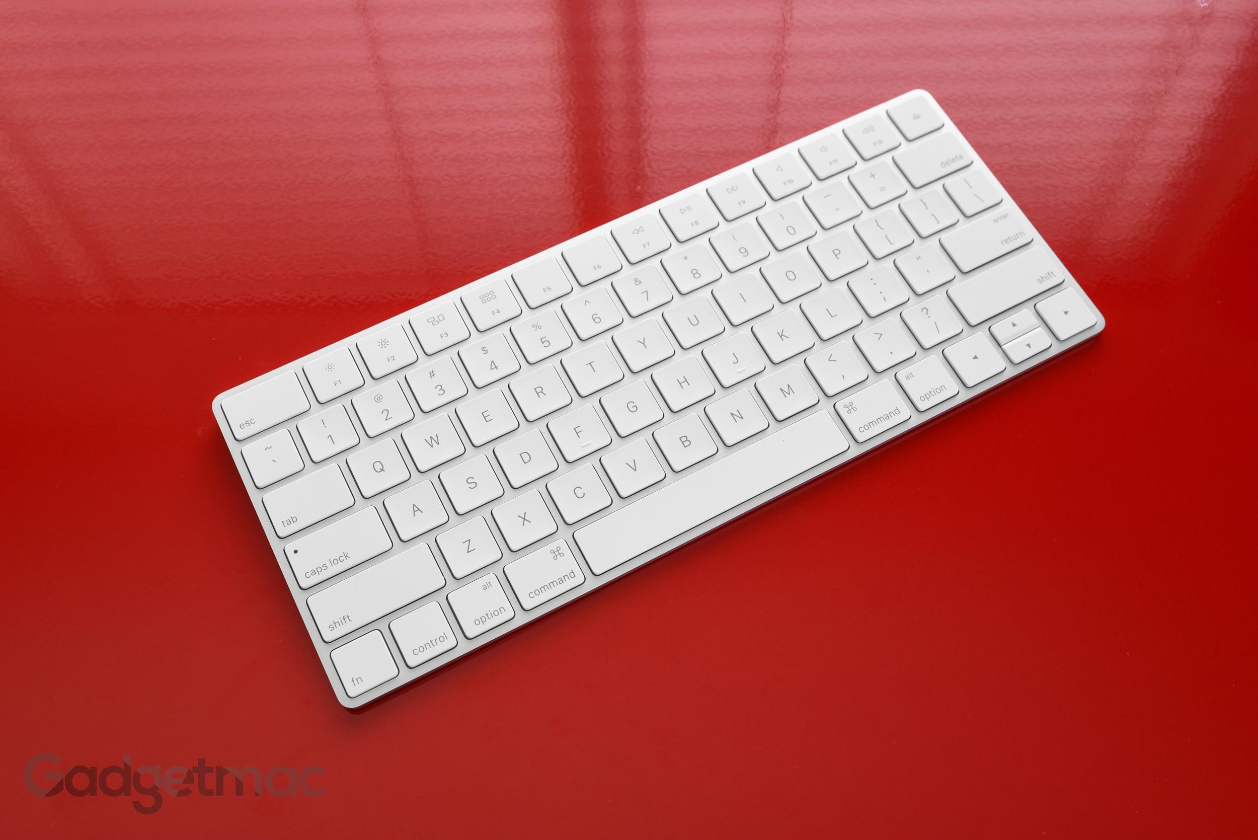apple-rechargeable-magic-keyboard-wireless-bluetooth-4.jpg