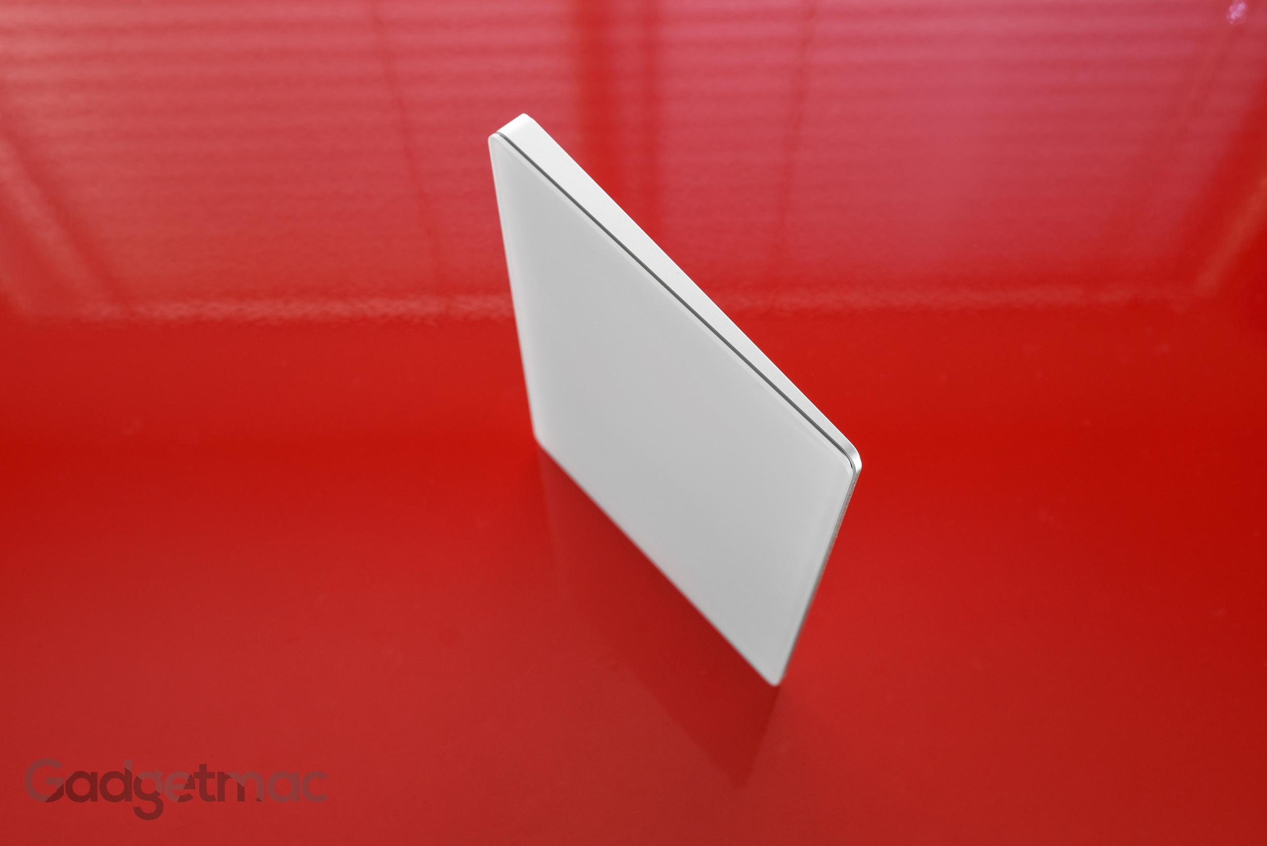 apple-magic-trackpad-2-white-glass.jpg