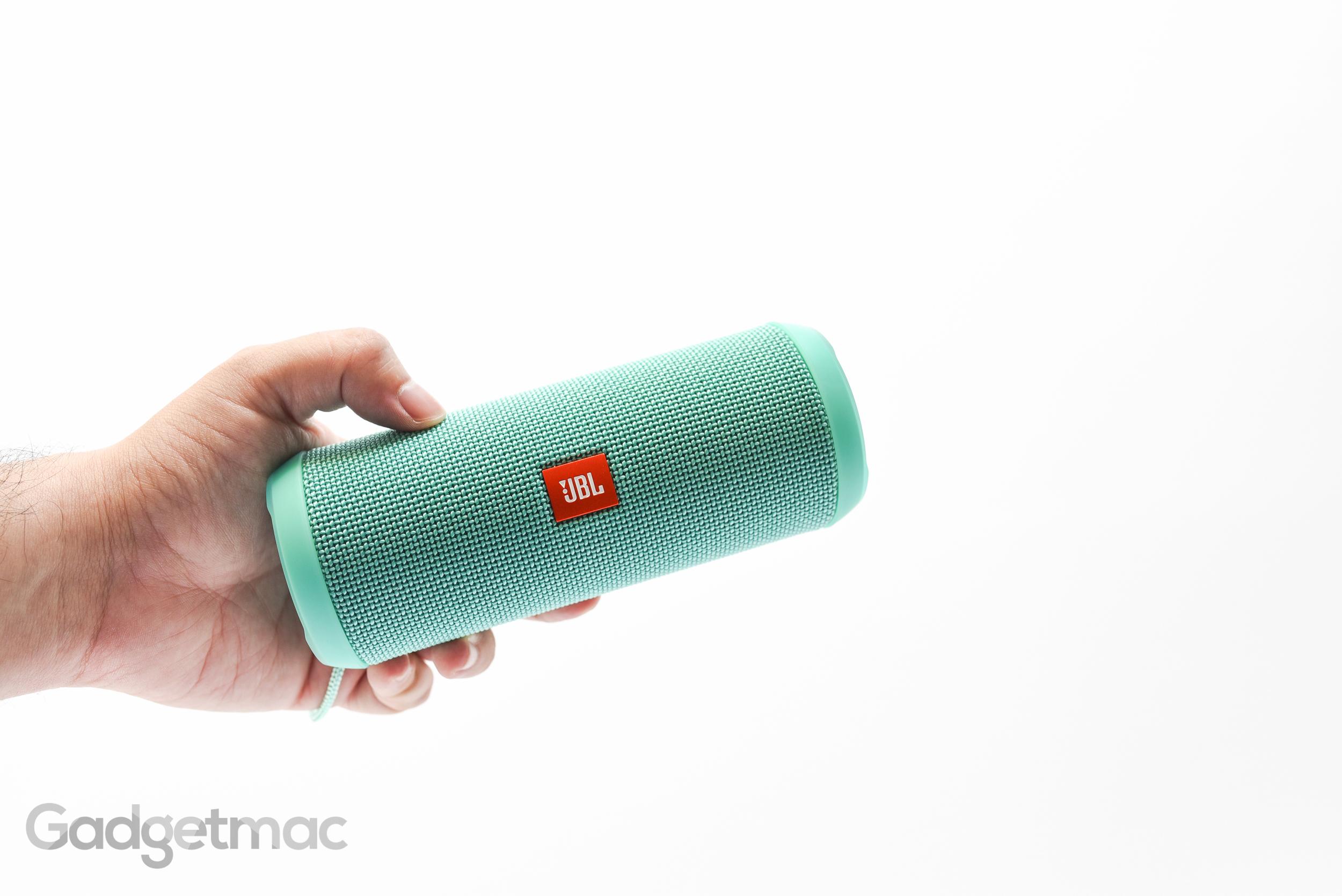 jbl-flip-3-portable-speaker.jpg
