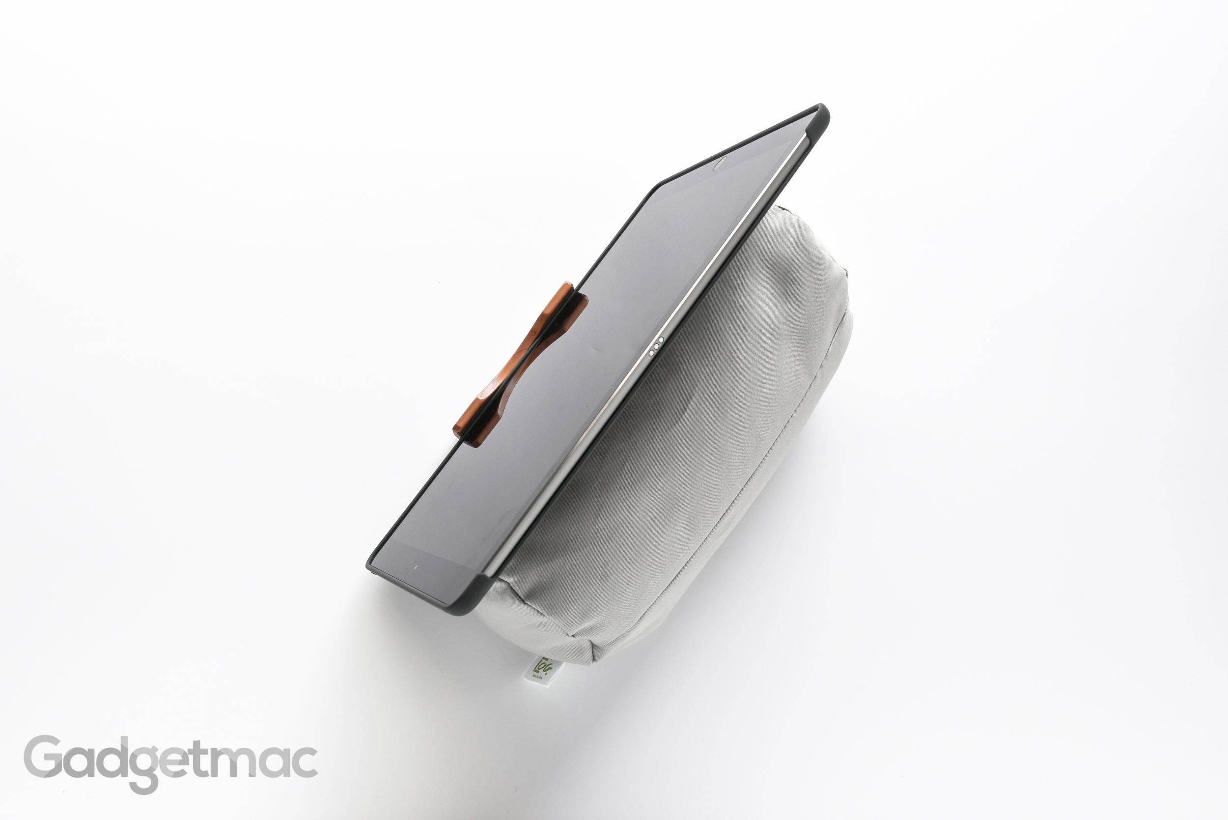 lap-log-classic-ipad-pro-bean-bag-bed-stand.jpg