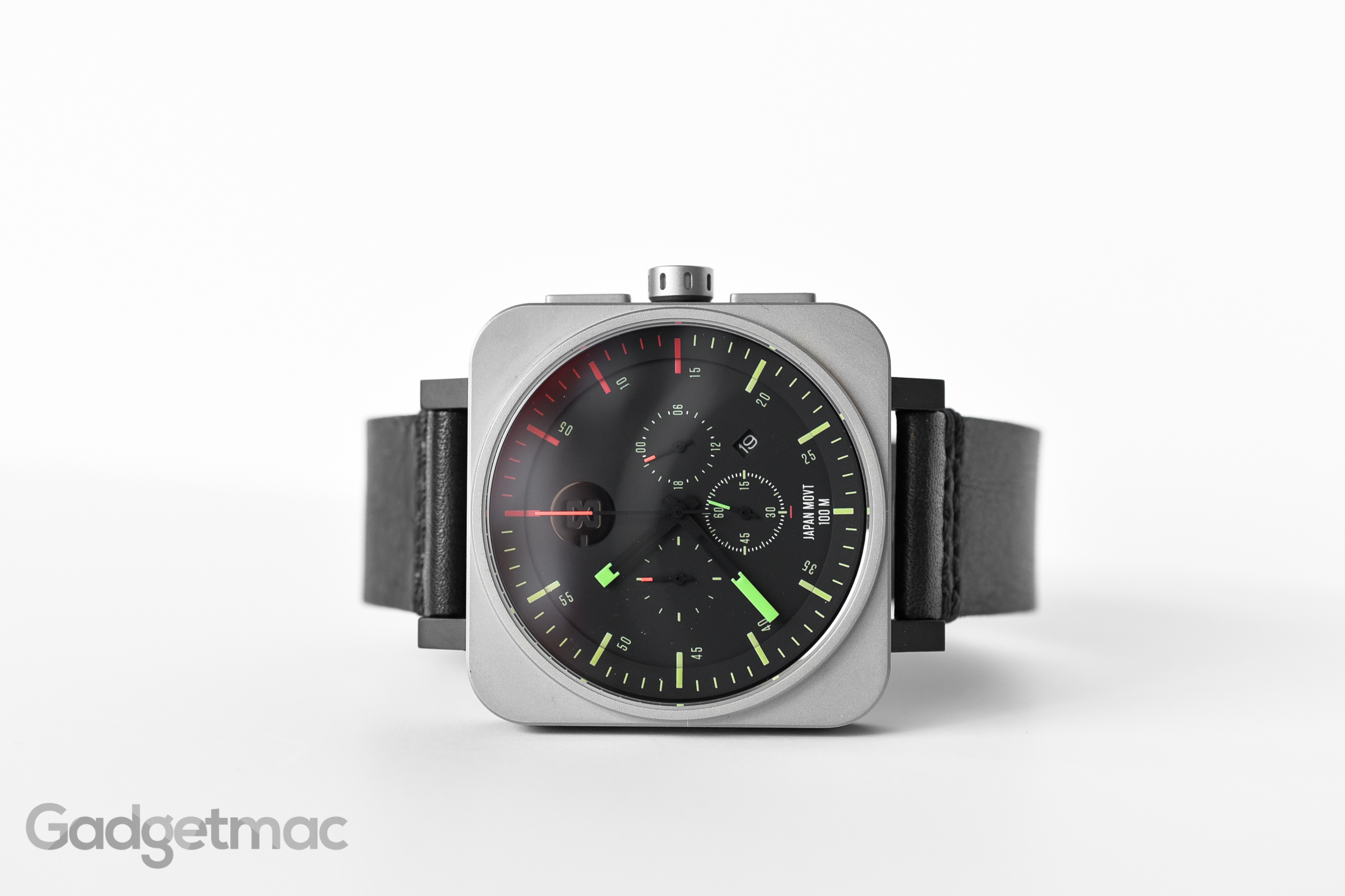 minus-8-square-chrono-watch.jpg