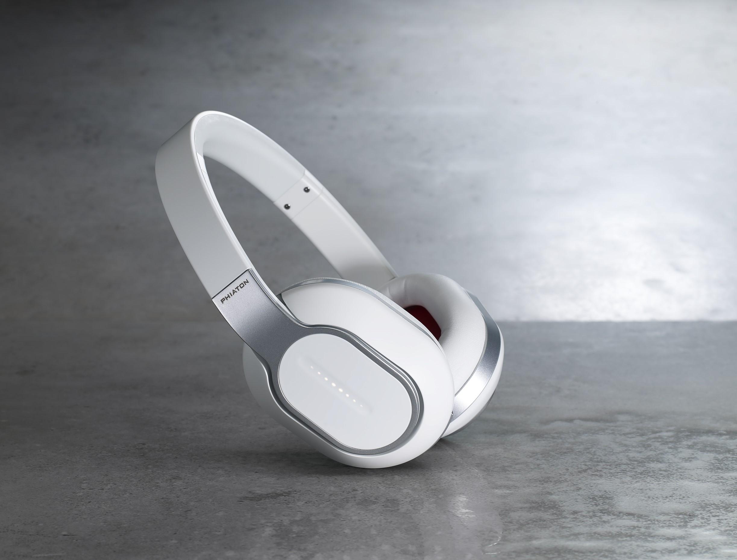 Phiaton-BT-460-wireless-headphones.jpg