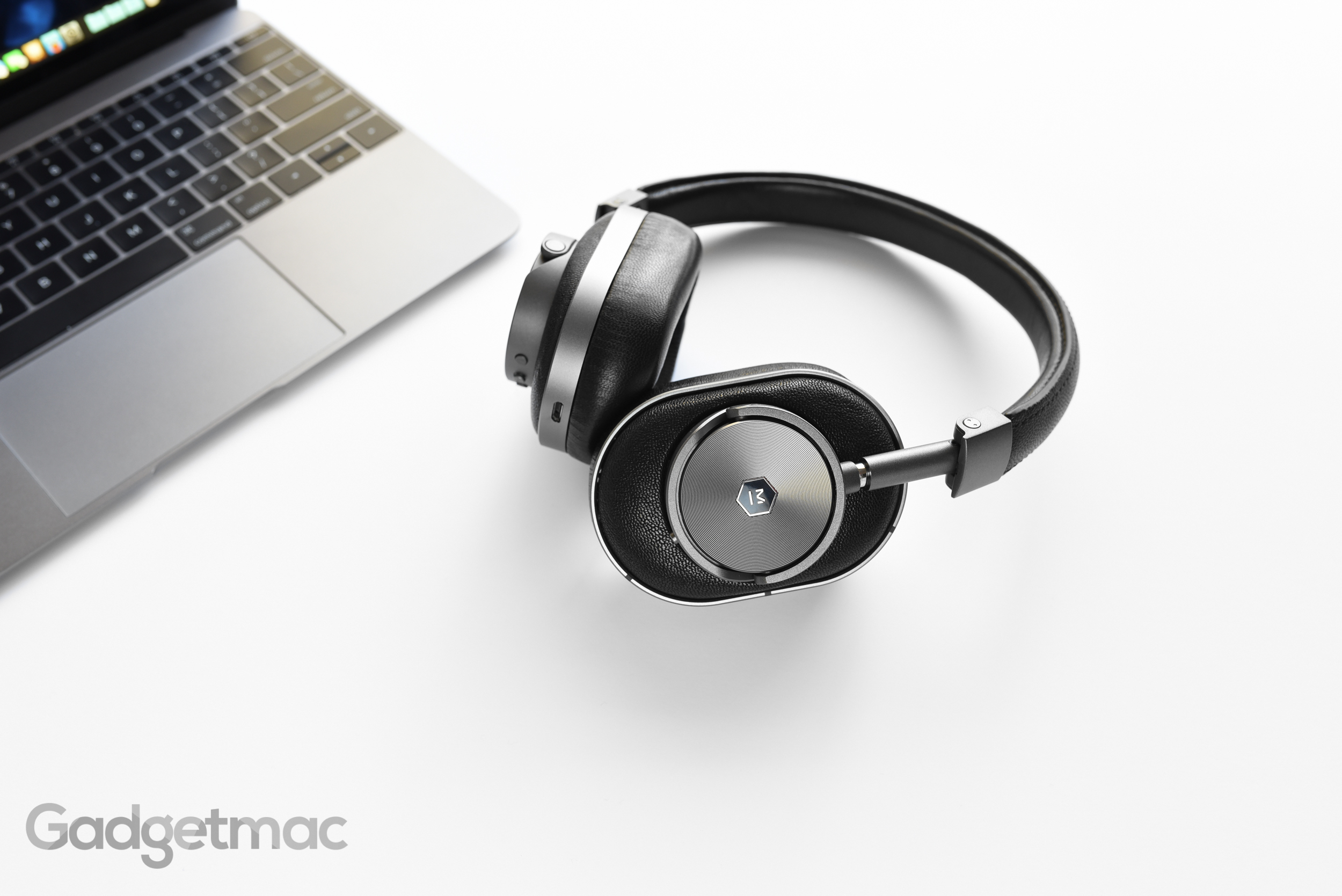 master-dynamic-mw60-wireless-headphones-gunmetal.jpg
