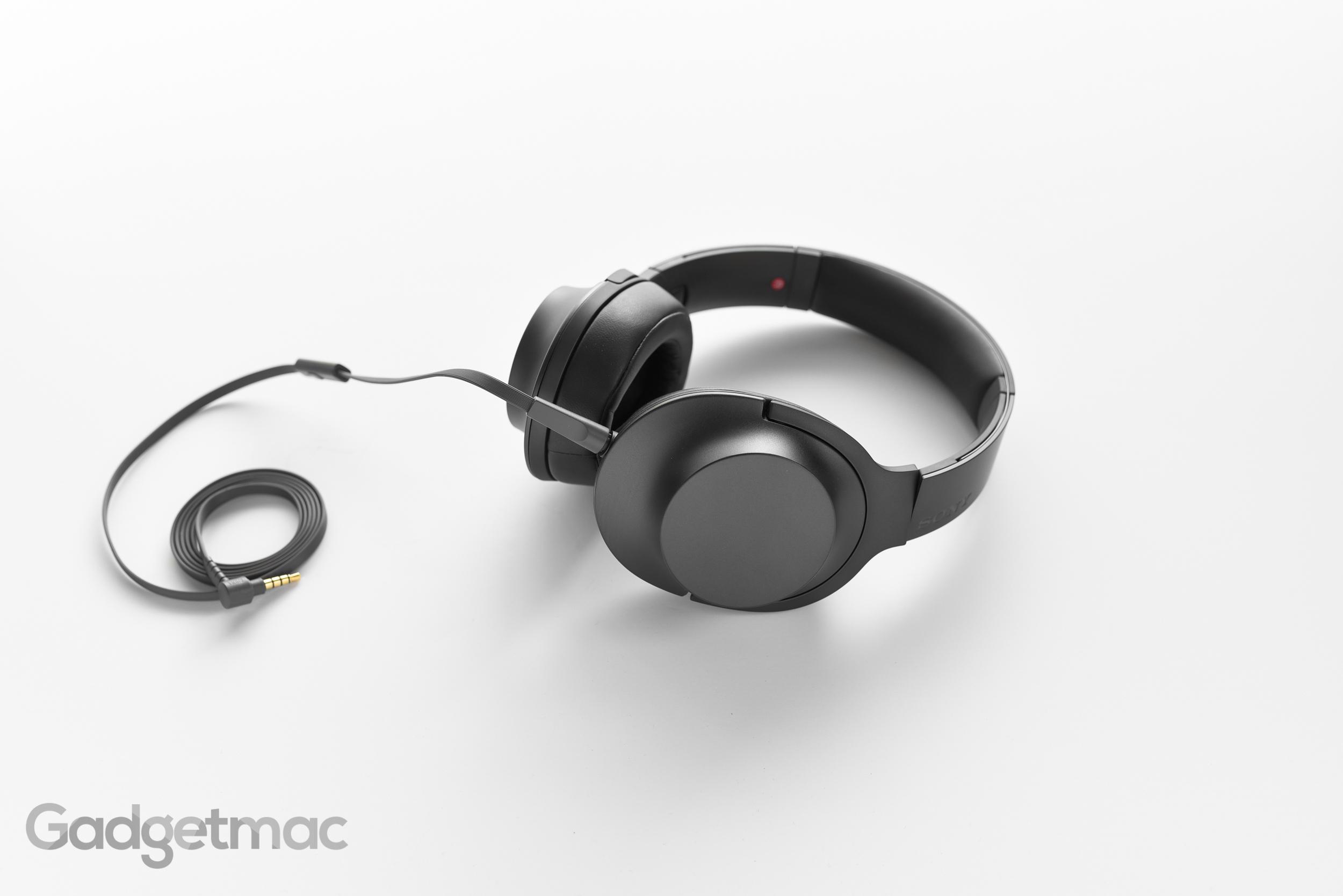 sony-hear-on-headphones-cable.jpg