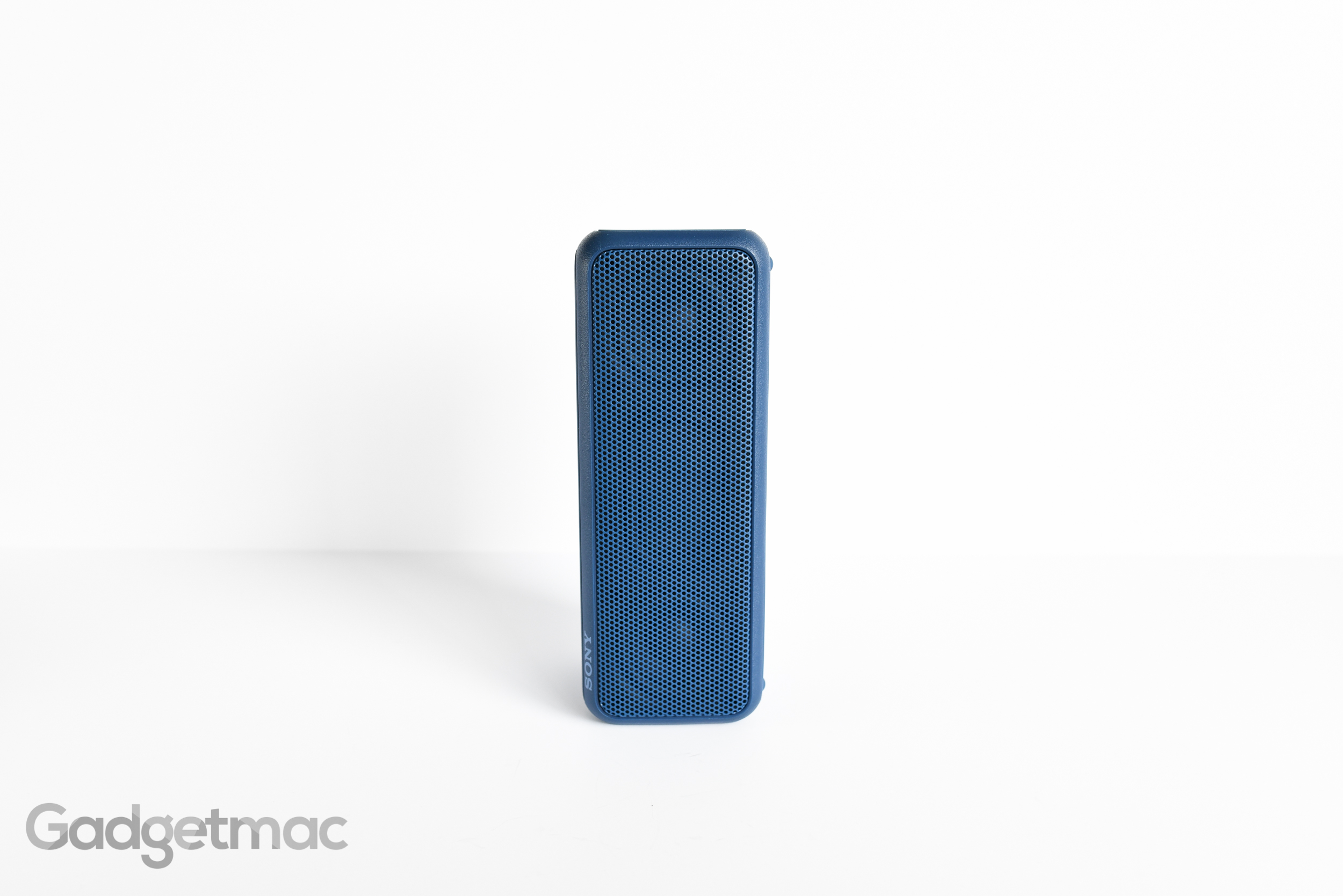 sony-srs-xb3-portable-speaker-upright.jpg