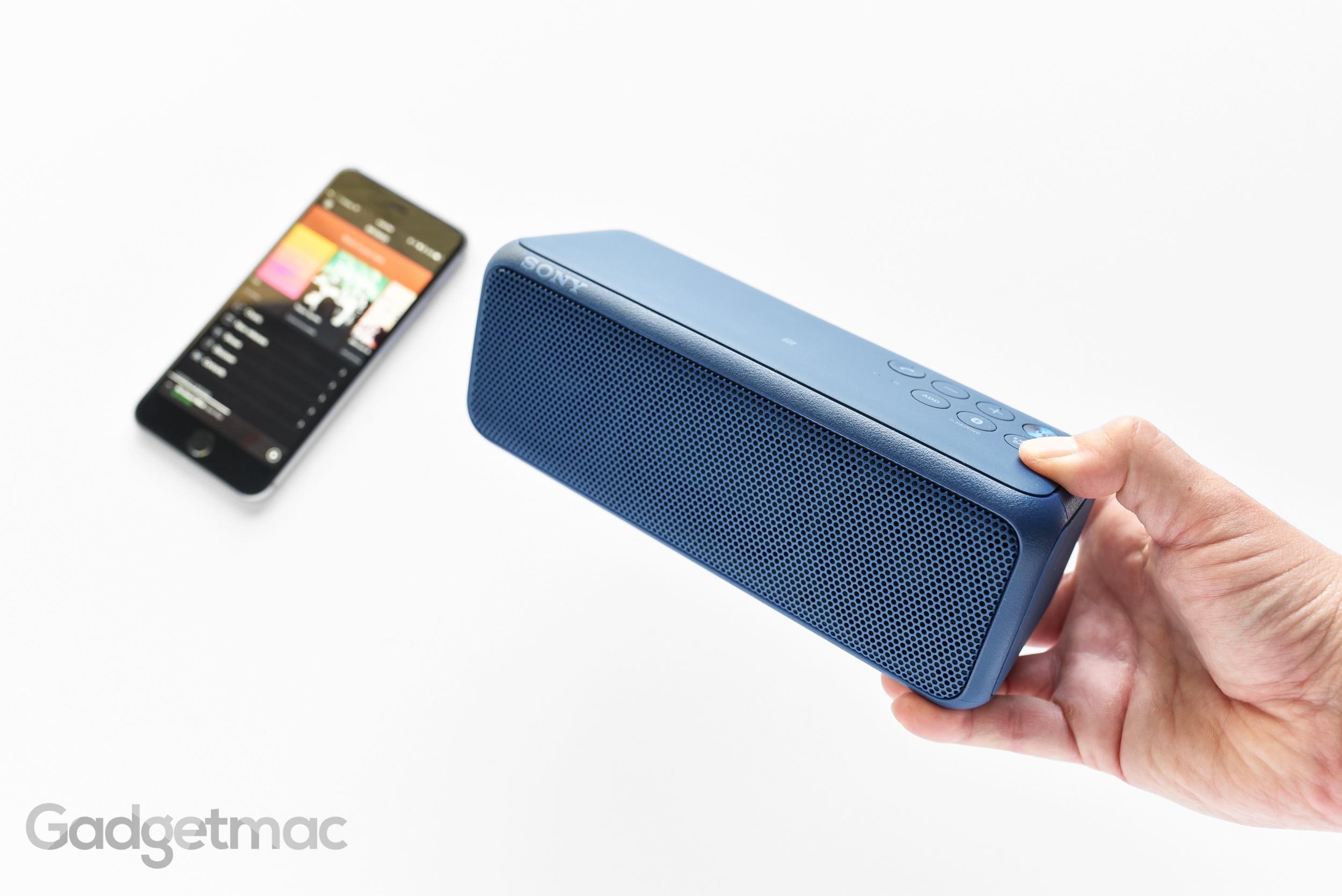 sony-srs-xb3-portable-bluetooth-speaker-size.jpg