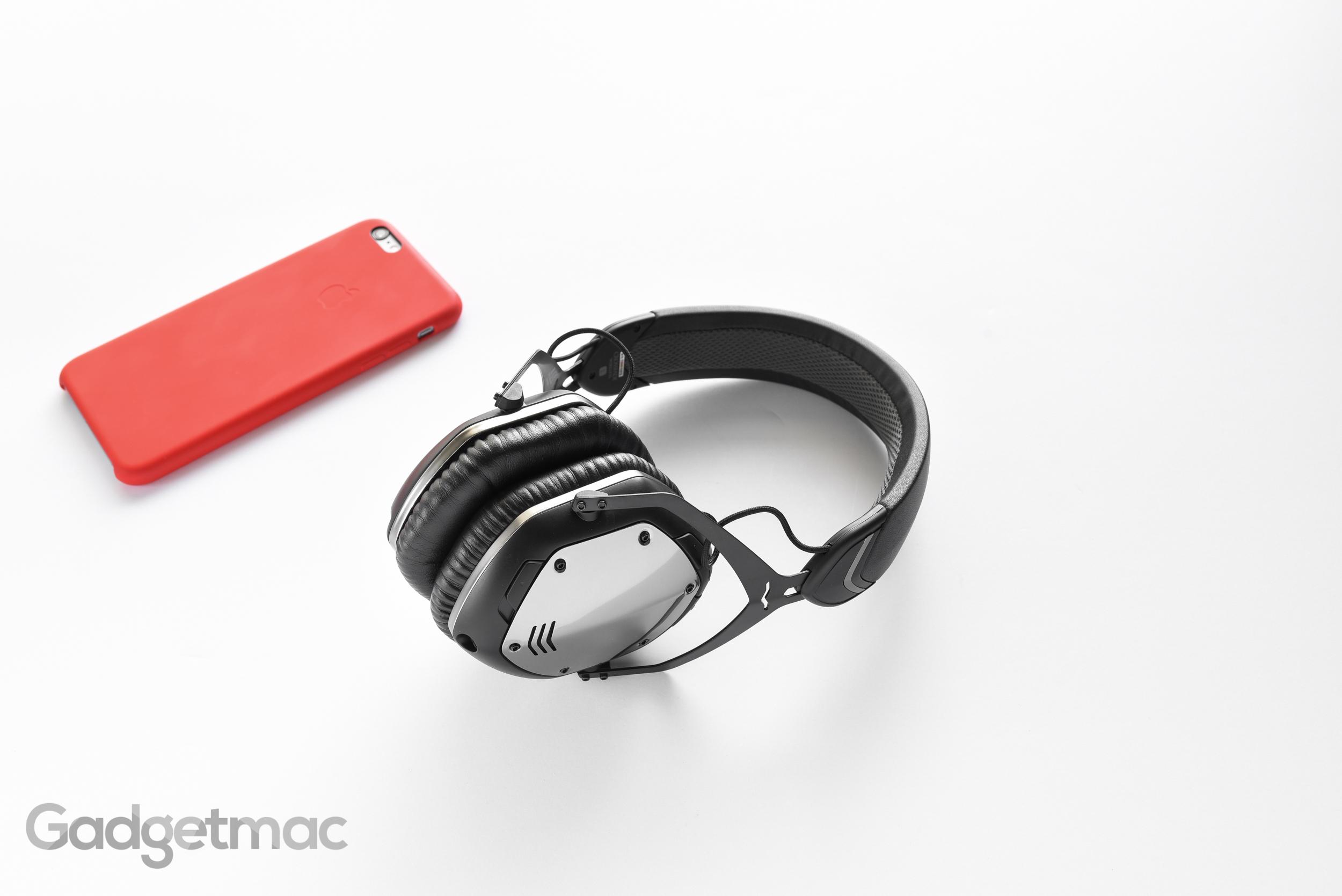 v-moda-crossfade-wireless-bluetooth-headphones.jpg