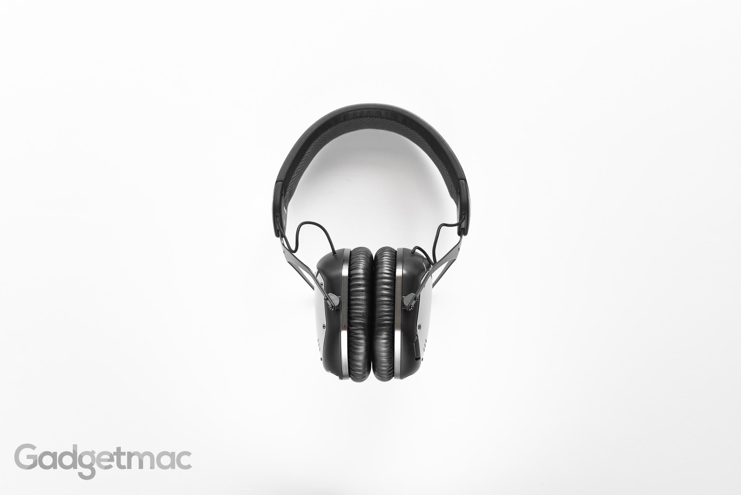 v-moda-crossfade-wireless-headphones-ear-pads.jpg