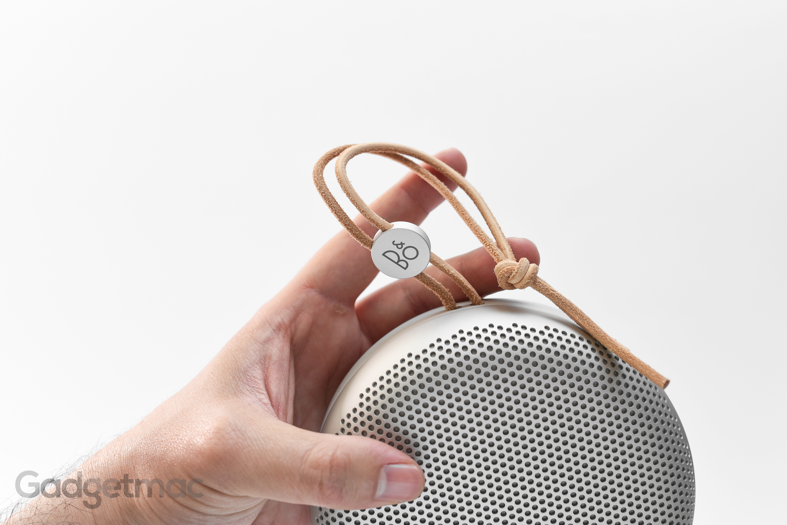 beoplay-a1-leather-strap.jpg
