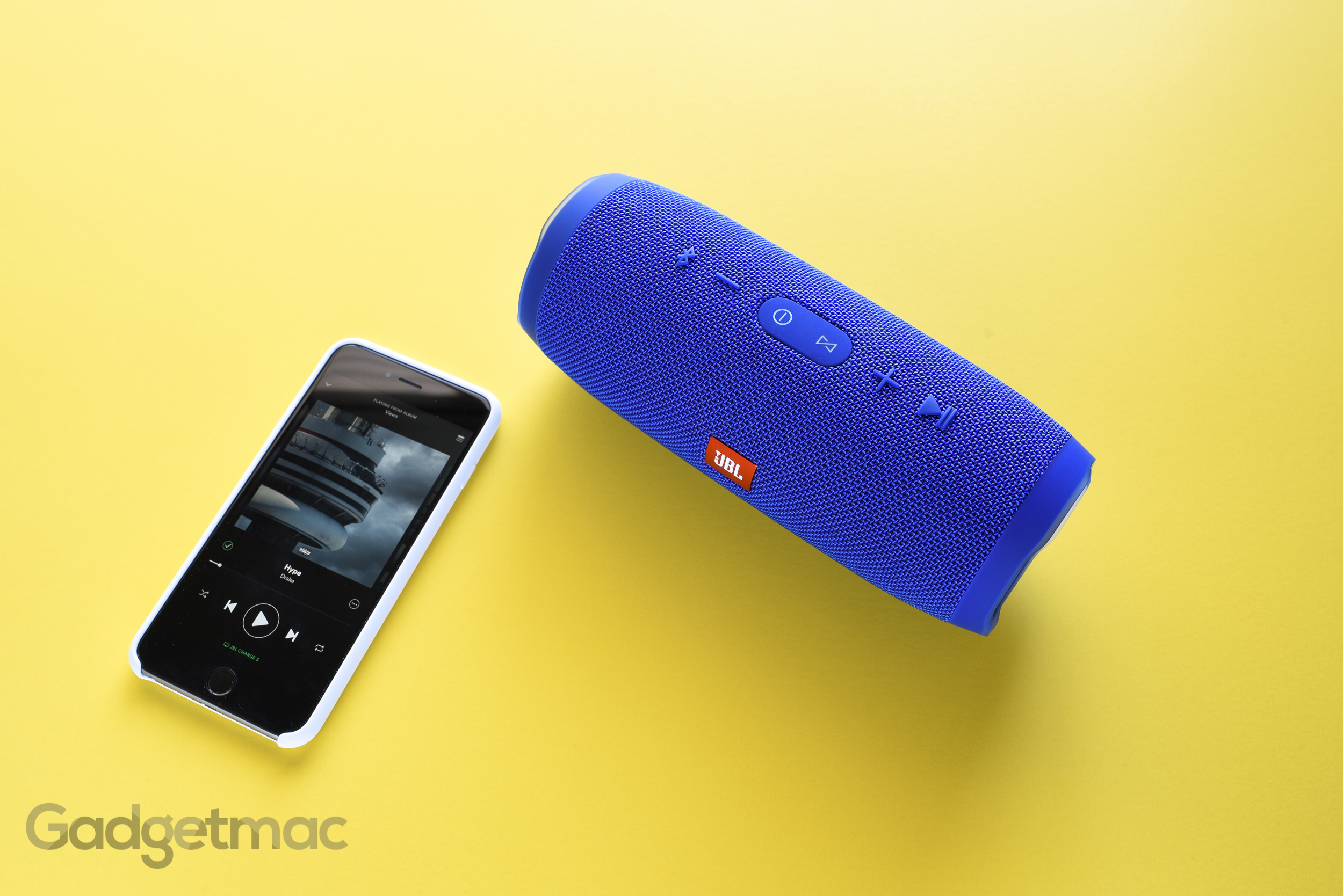 jbl-charge-3-portable-speaker.jpg