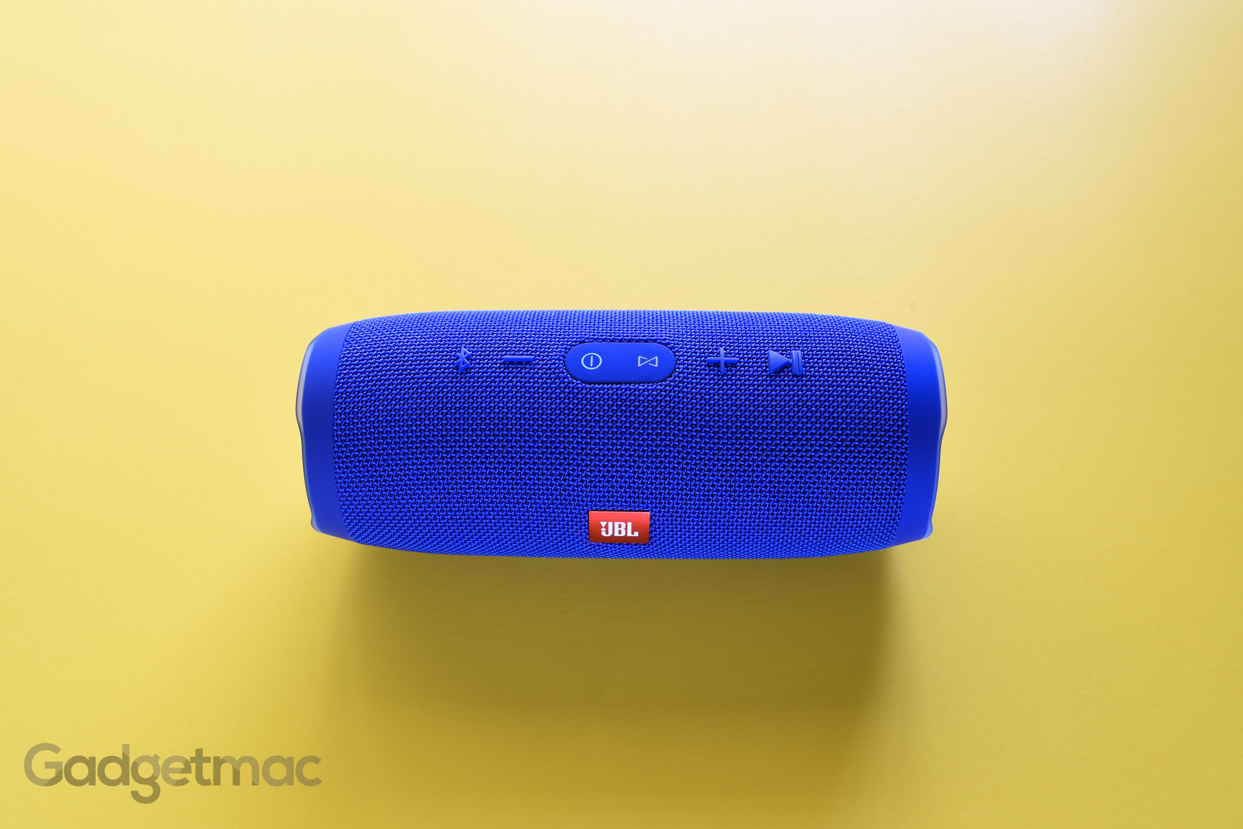 jbl-charge-3-portable-wireless-speaker.jpg