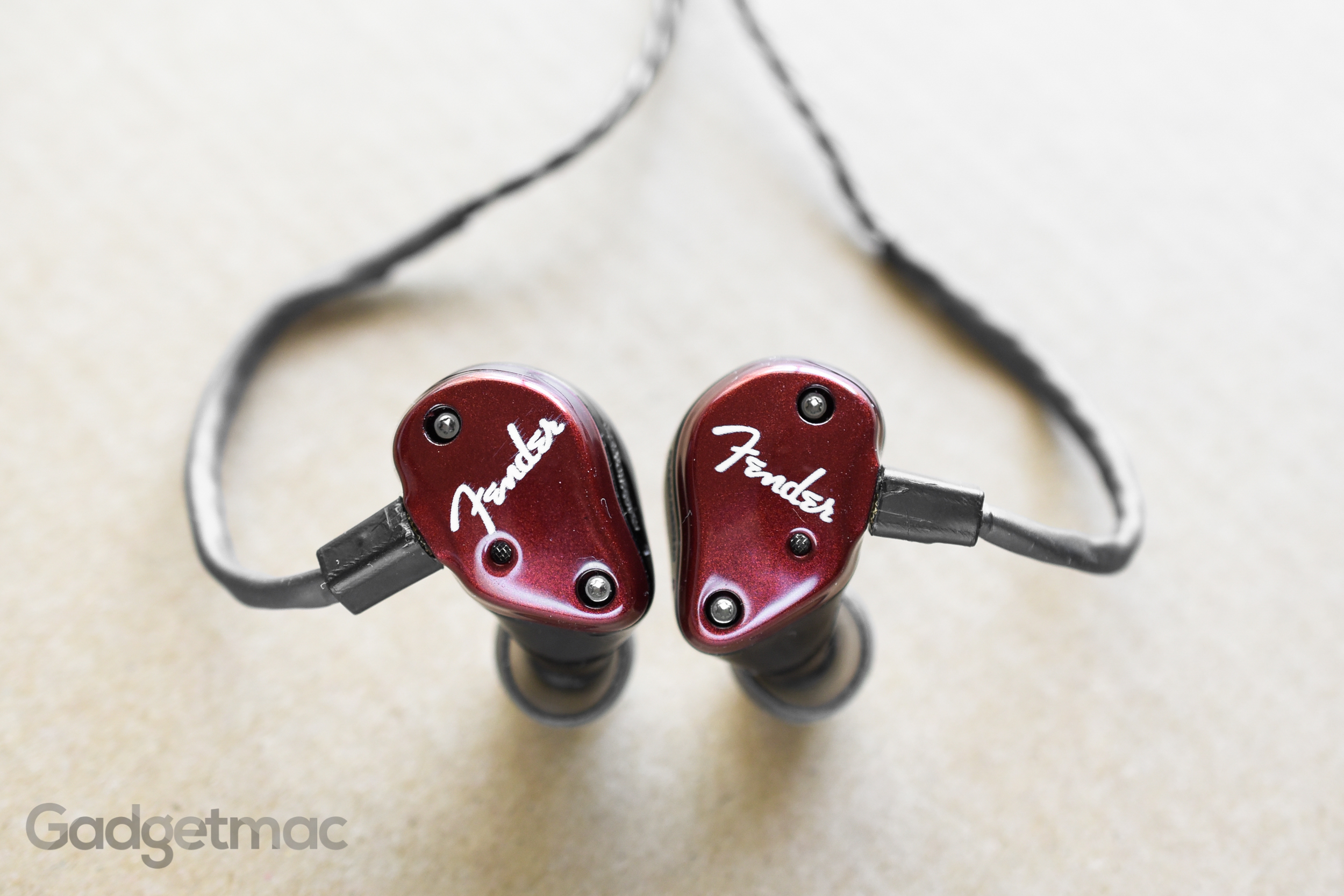 fender-fxa6-in-ear-monitors-1.jpg