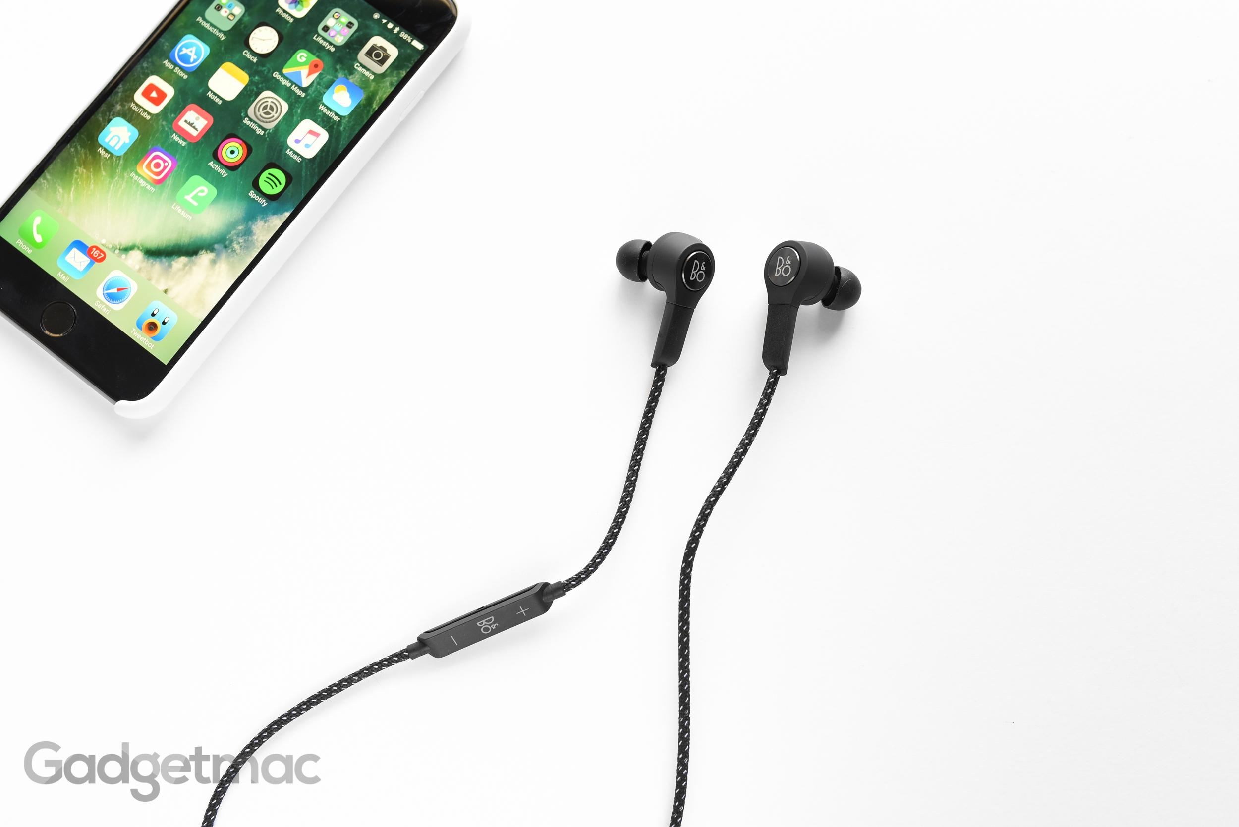 beoplay-h5-bluetooth-earphones.jpg