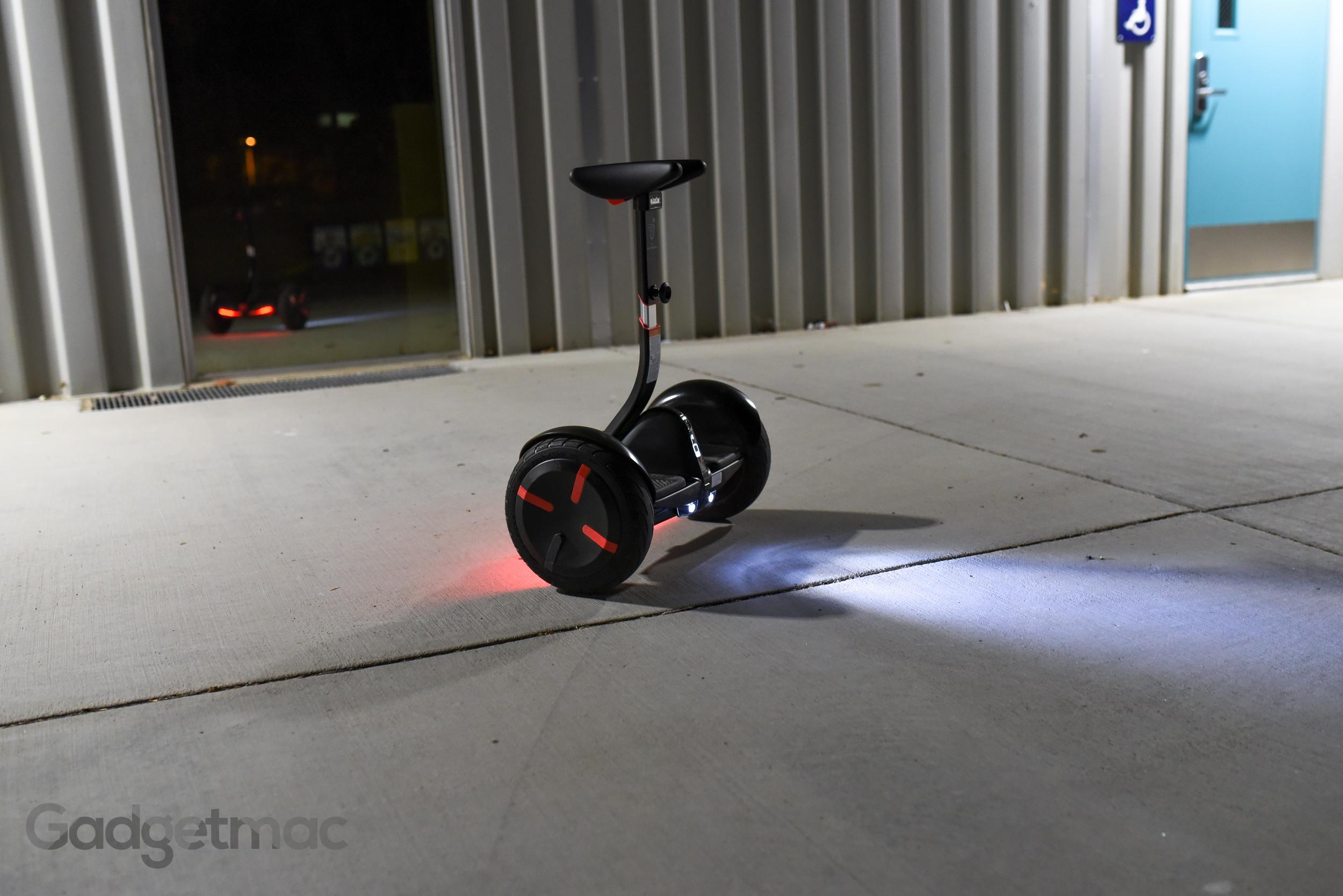 segway-ninebot-minipro-headlights.jpg