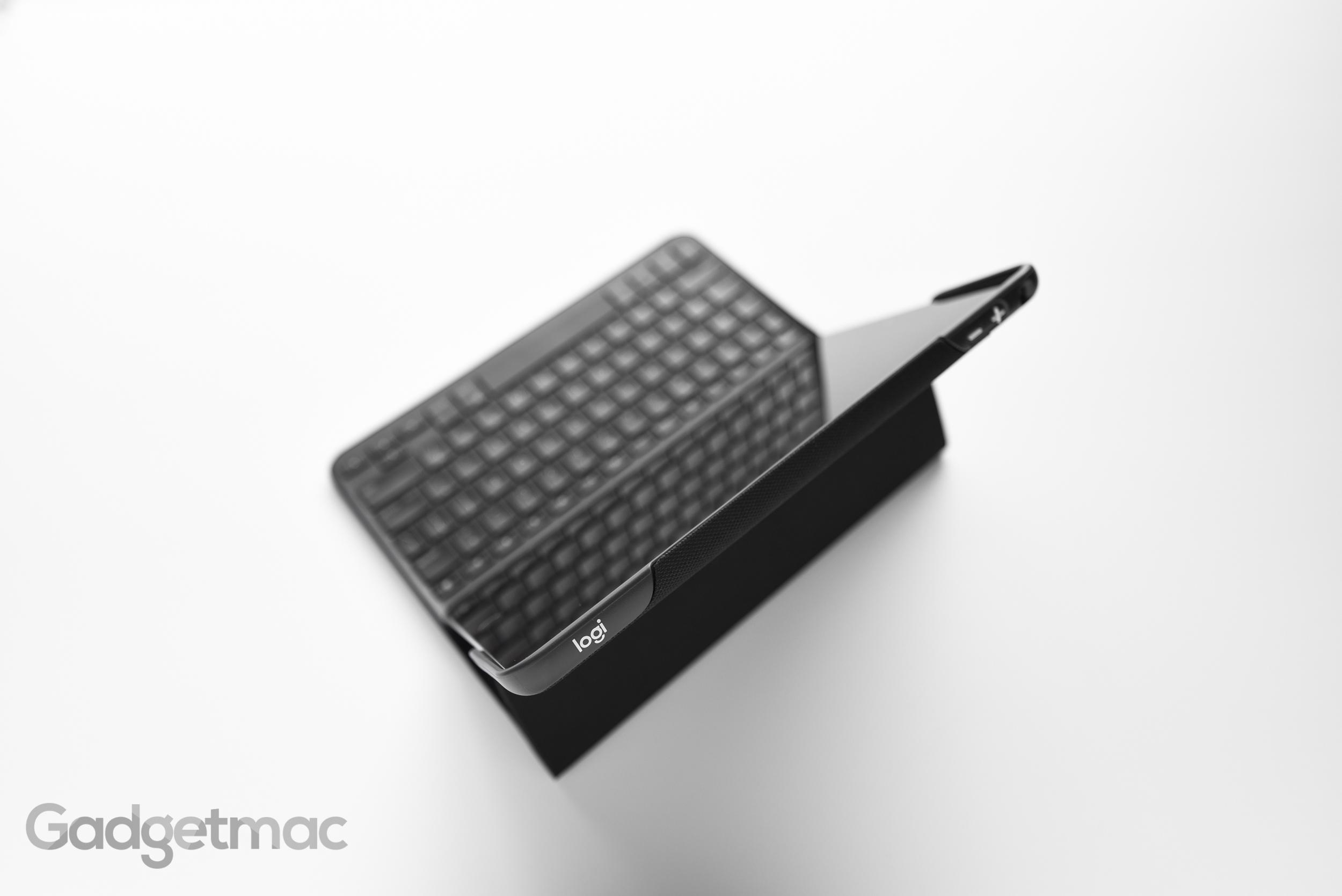 logitech-create-keyboard-case-for-ipad-pro-9-7-2.jpg