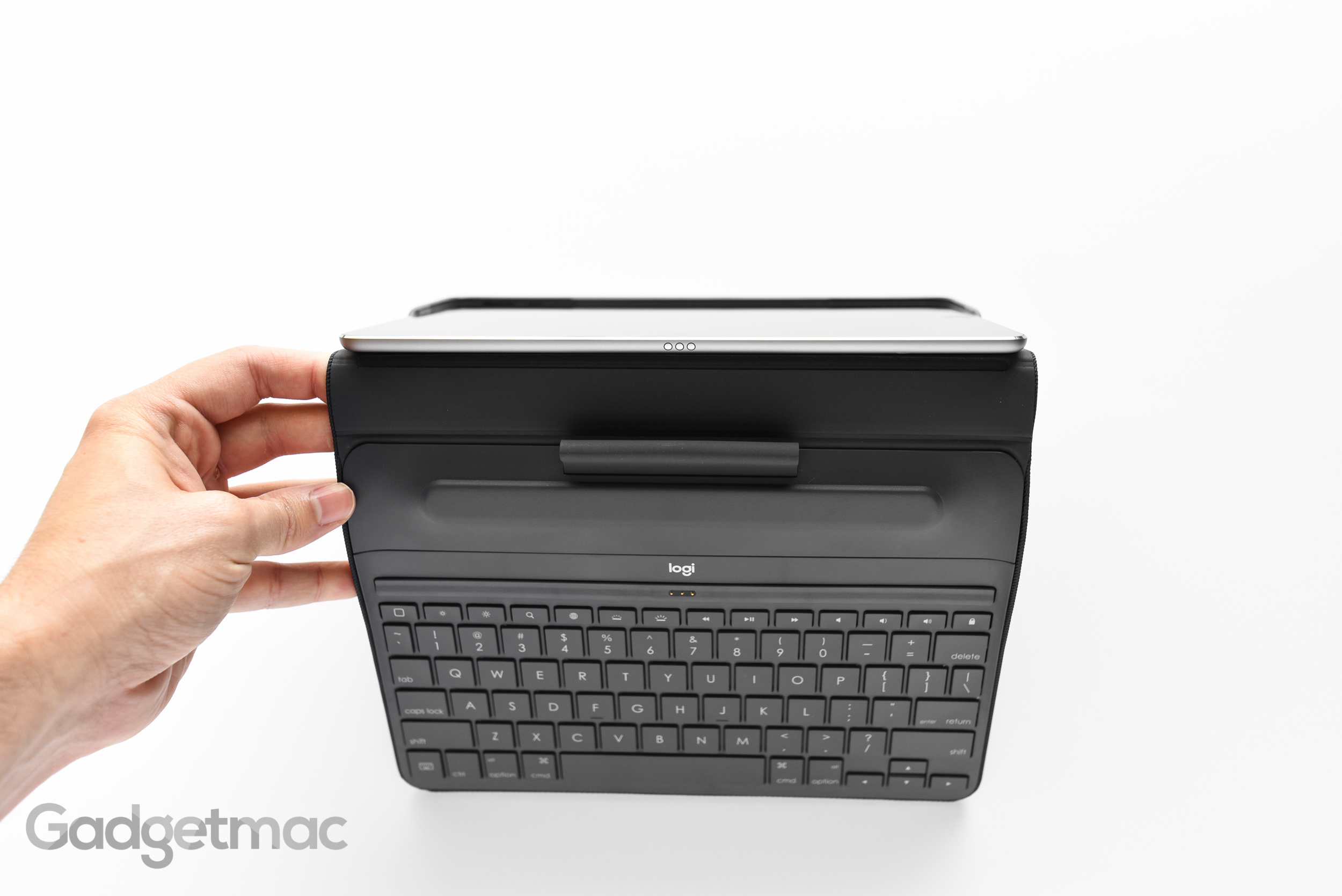 logitech-create-keyboard-case-ipad-pro-smart-conector.jpg