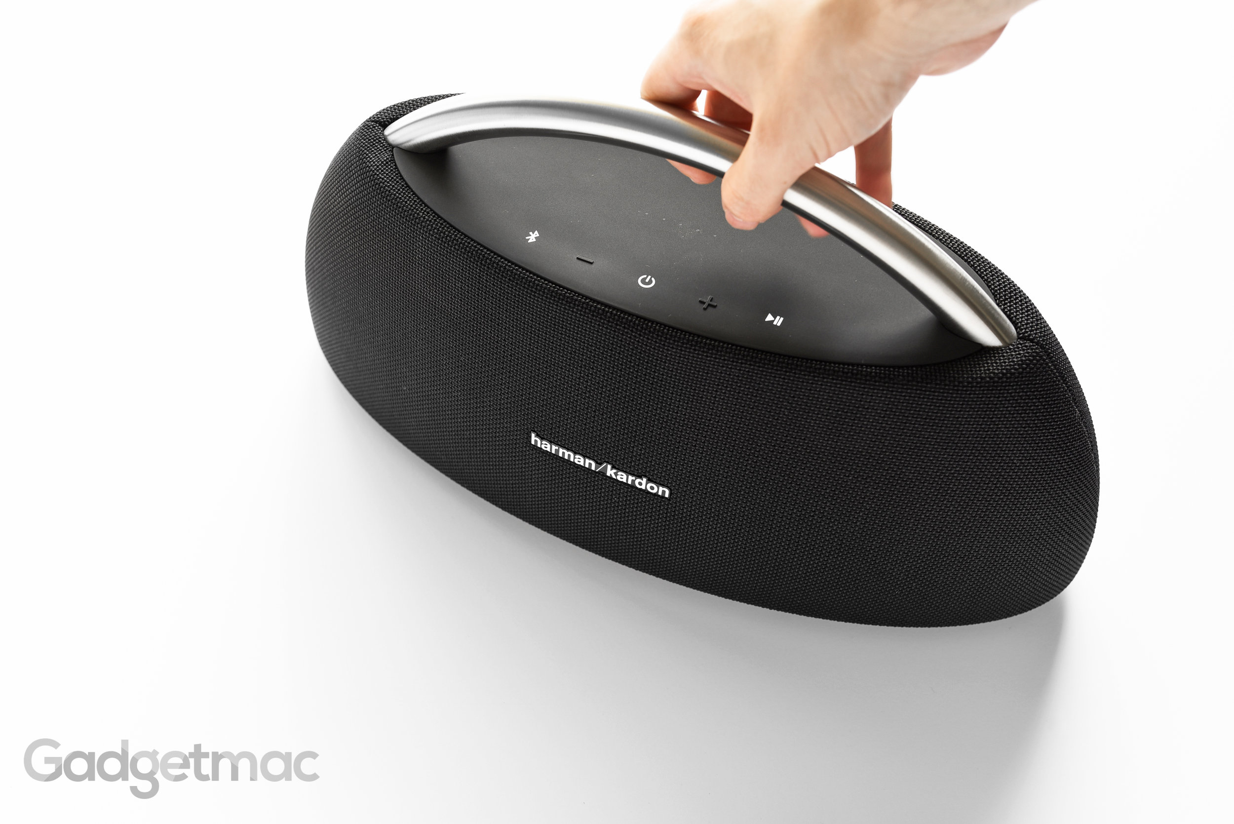 harman-kardon-go-play-wireless-portable-speaker-carry-handle.jpg