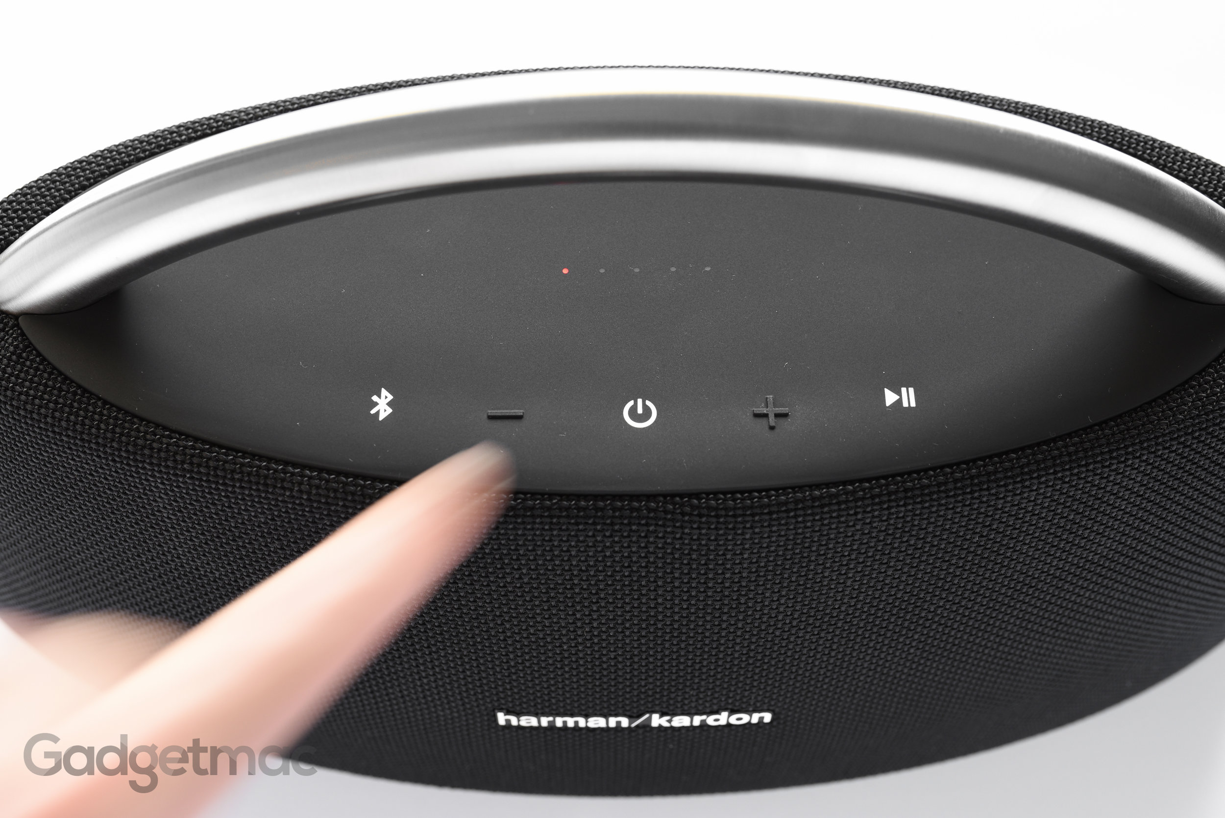 harman-kardon-go-play-2nd-gen-top-controls.jpg