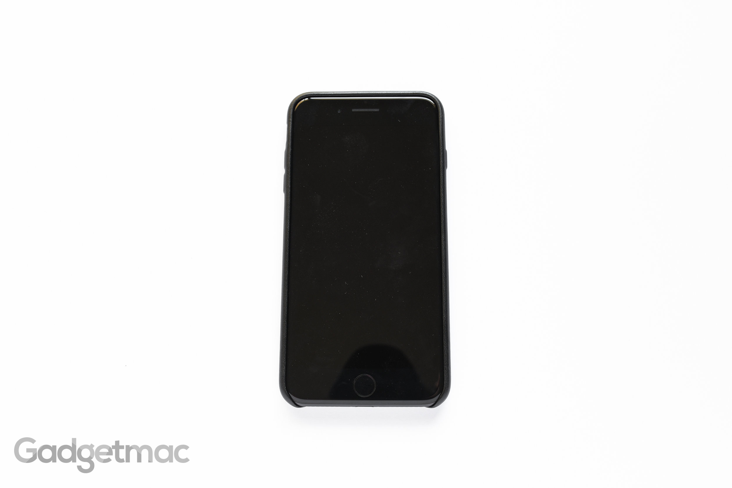 amazonbasics-iphone-7-plus-case-front.jpg