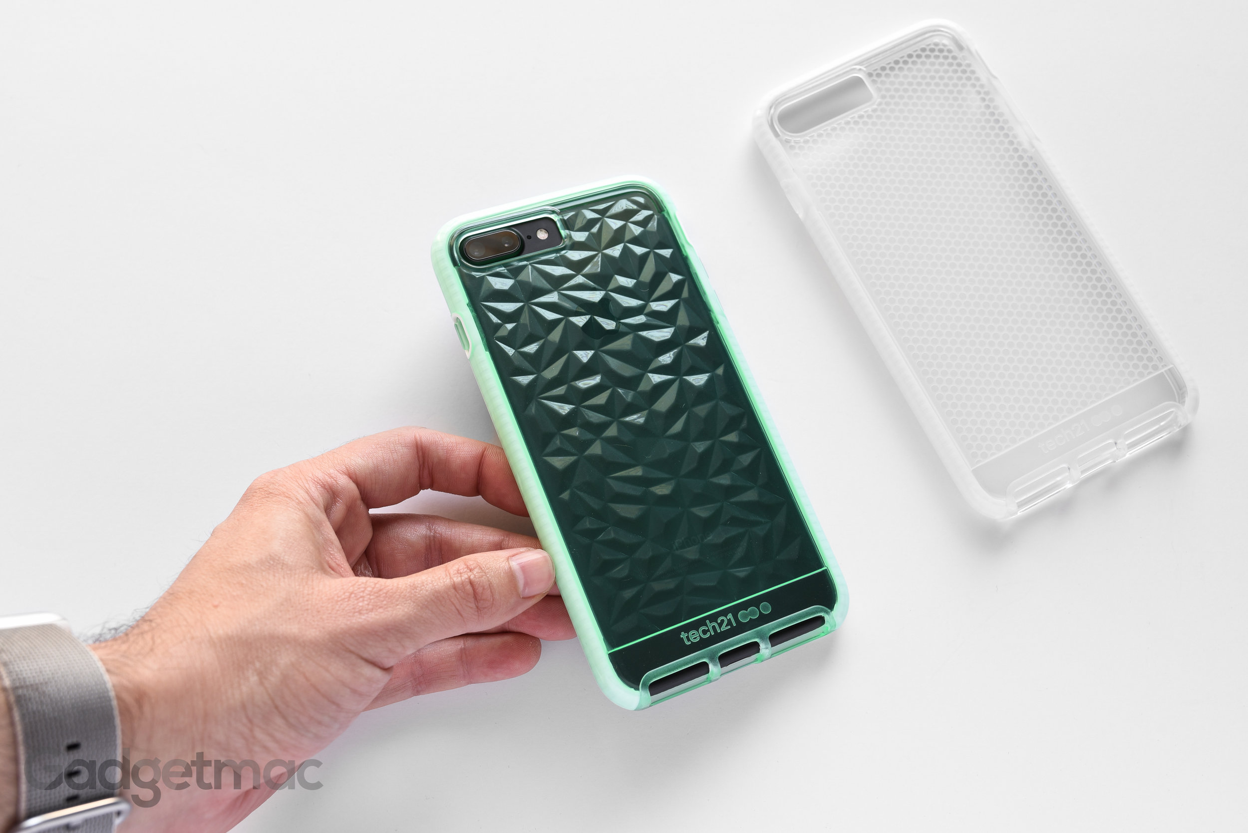 tech21-evo-gem-iphone-7-plus-case.jpg