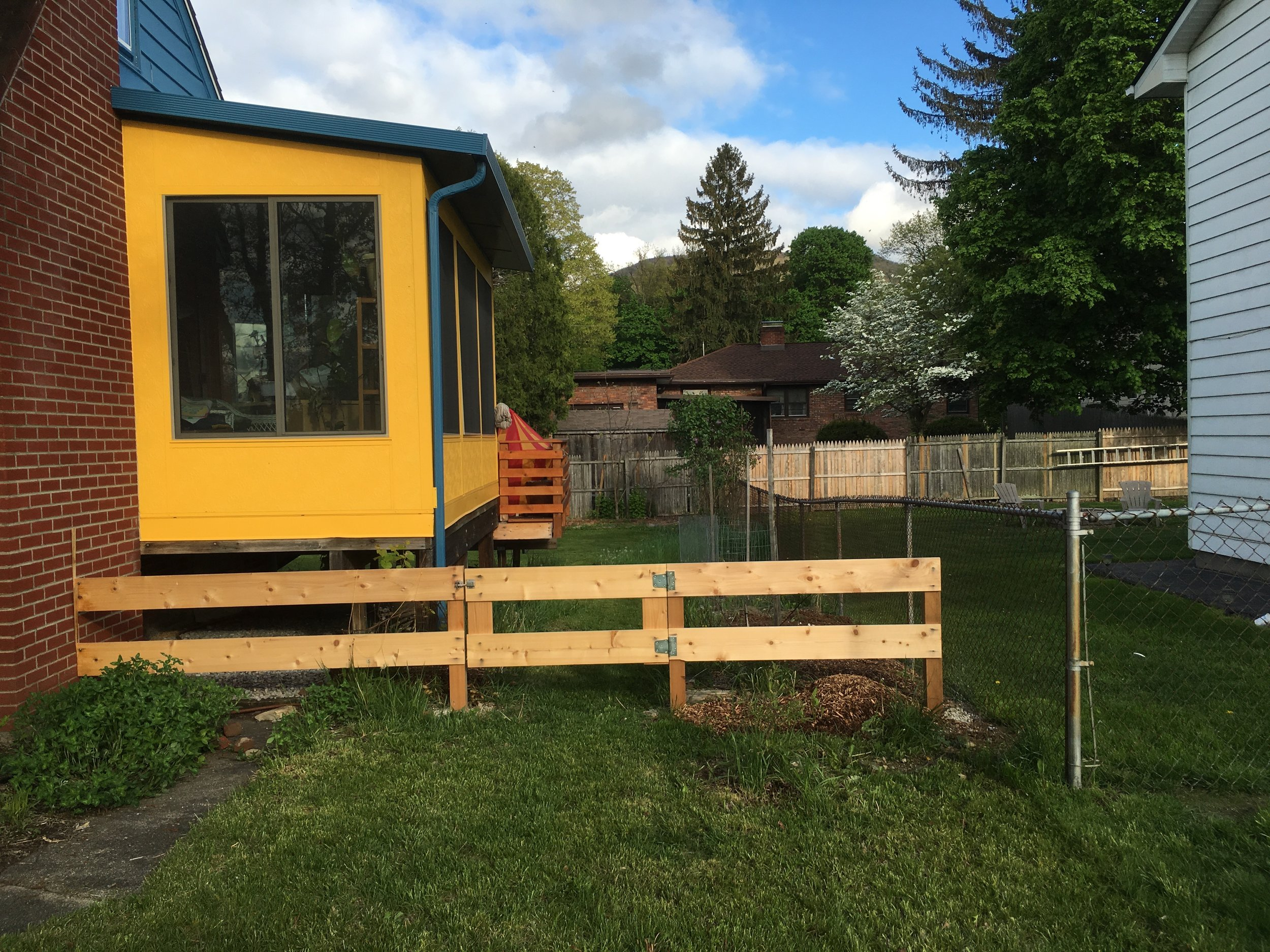 2015 - Entry to Paw Paw Alley