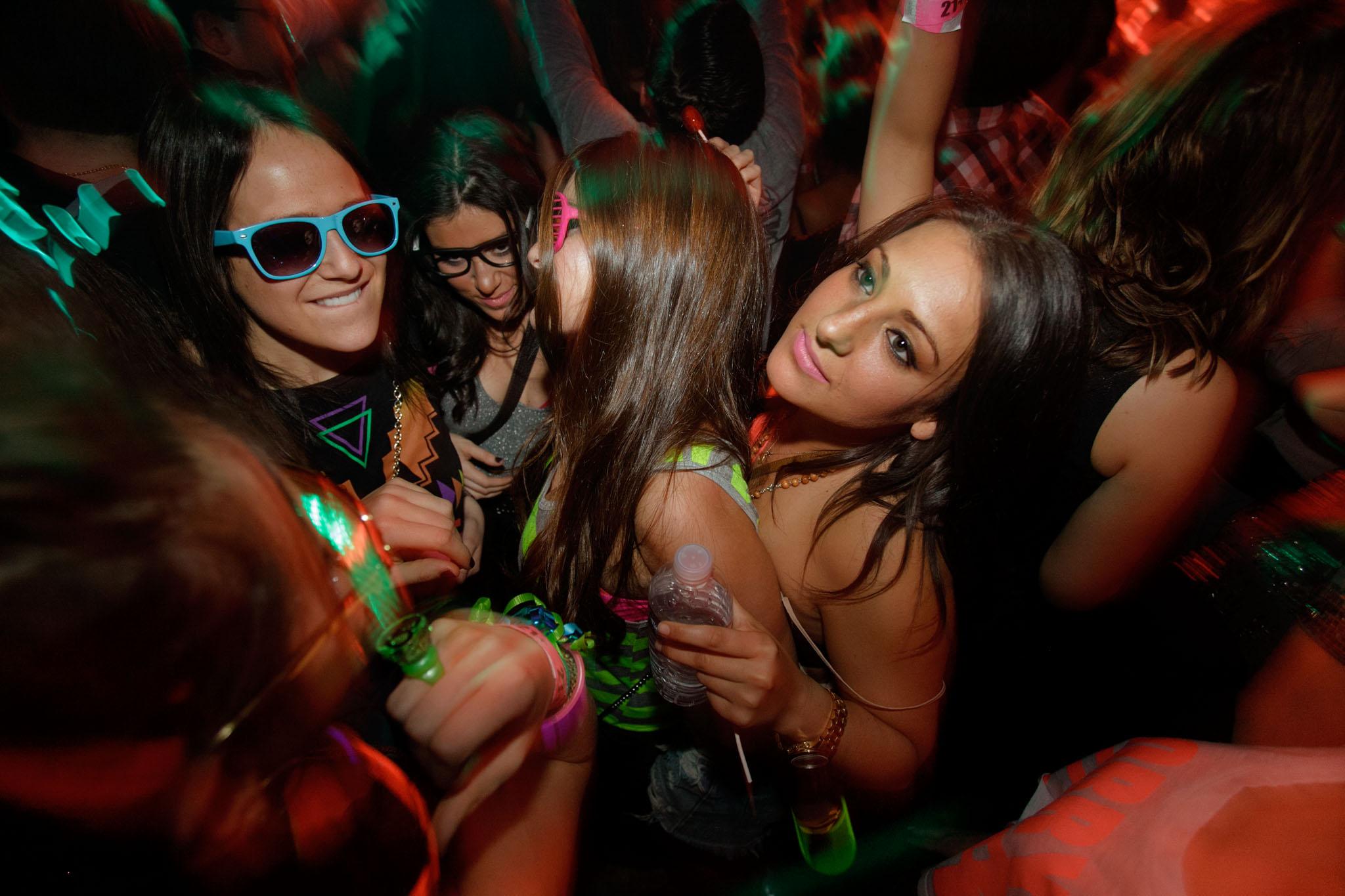 parties-x-05.jpg