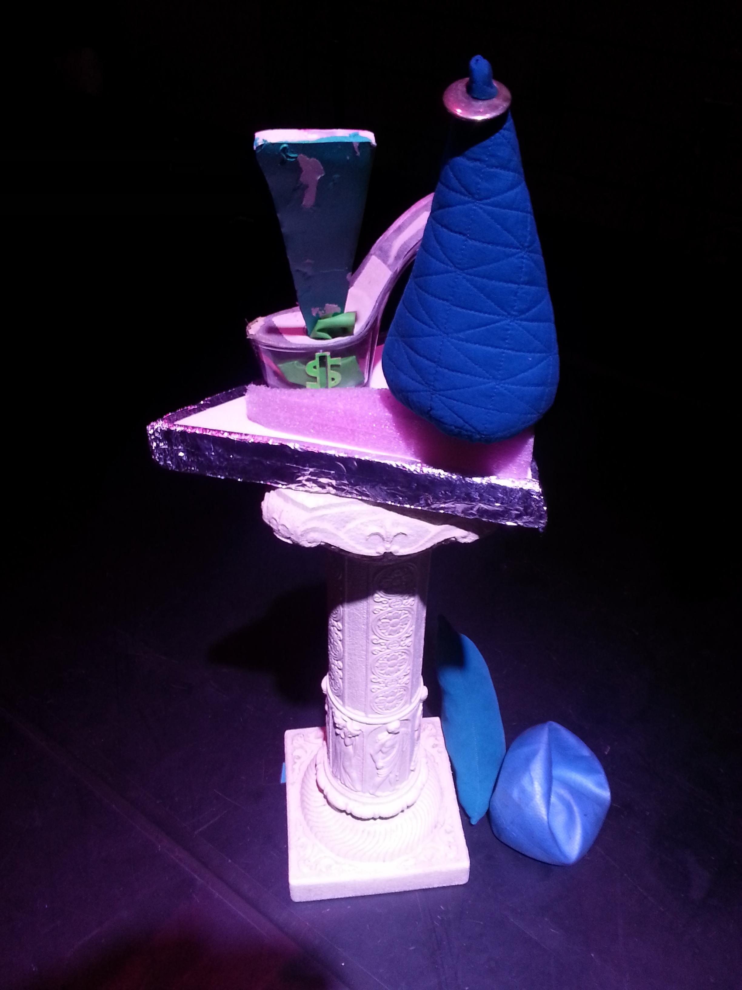 An improvised sculpture in Star Crap Method.