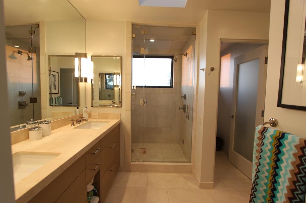 BH1 M Bath1.JPG