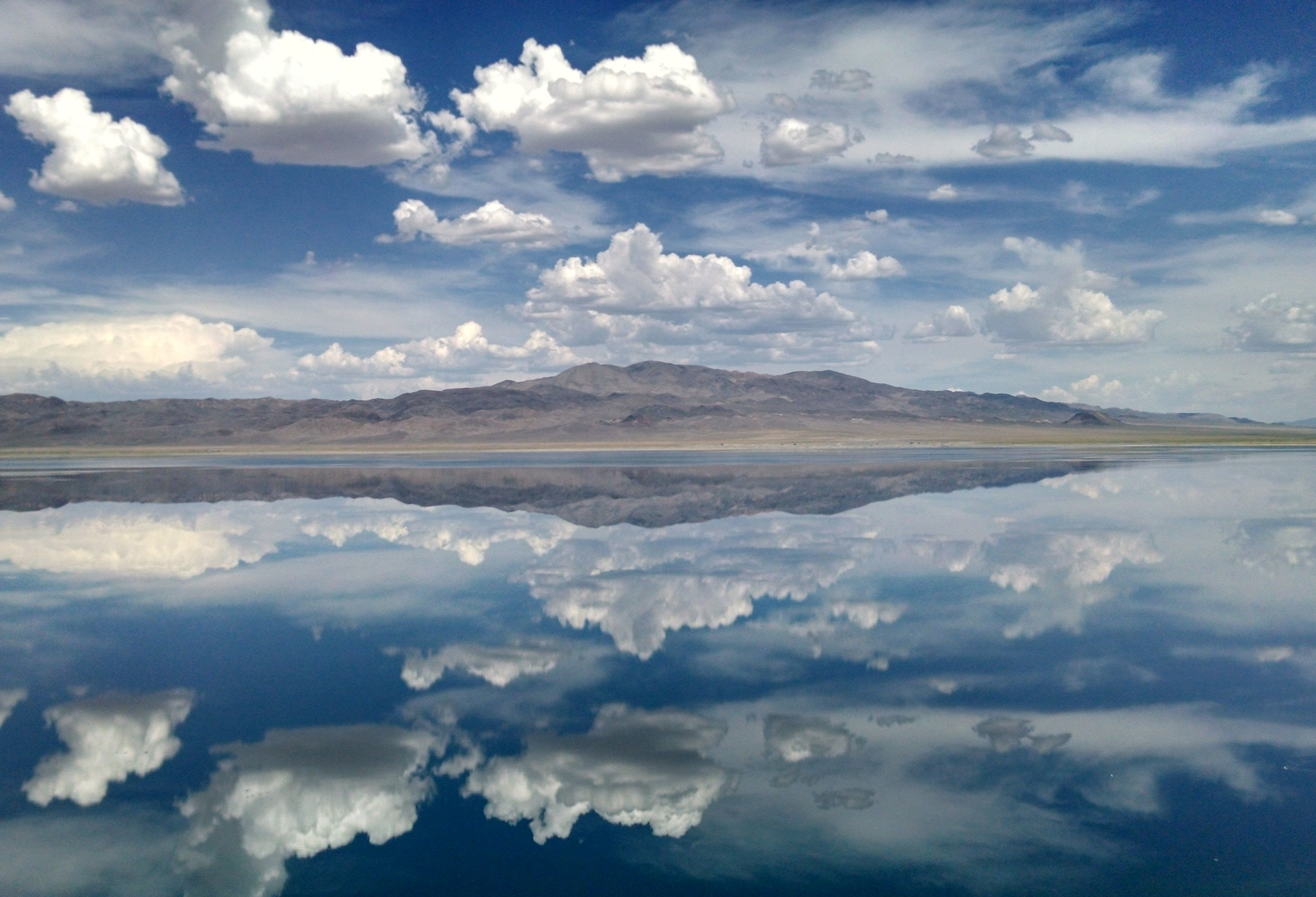 Walker Lake - Photo: Ashley Downing