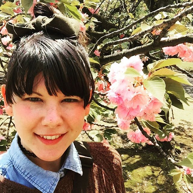 🌸Today I'm a fresh flower hanging out with some fluffy Sakura as my trip comes to an end in 2 days! 🌸