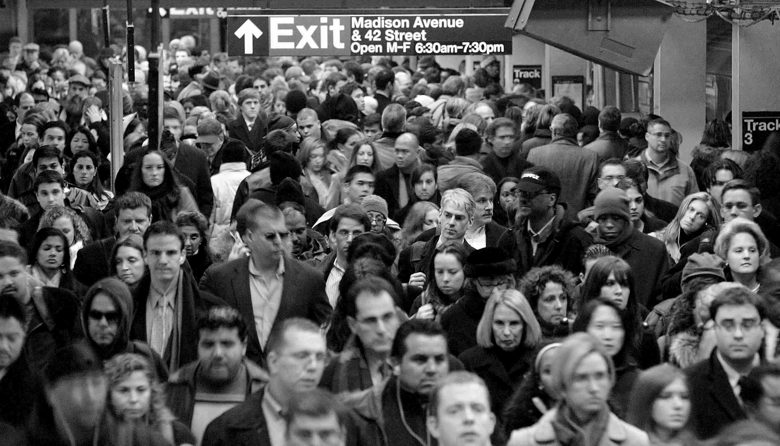 subway crowd_01.jpg