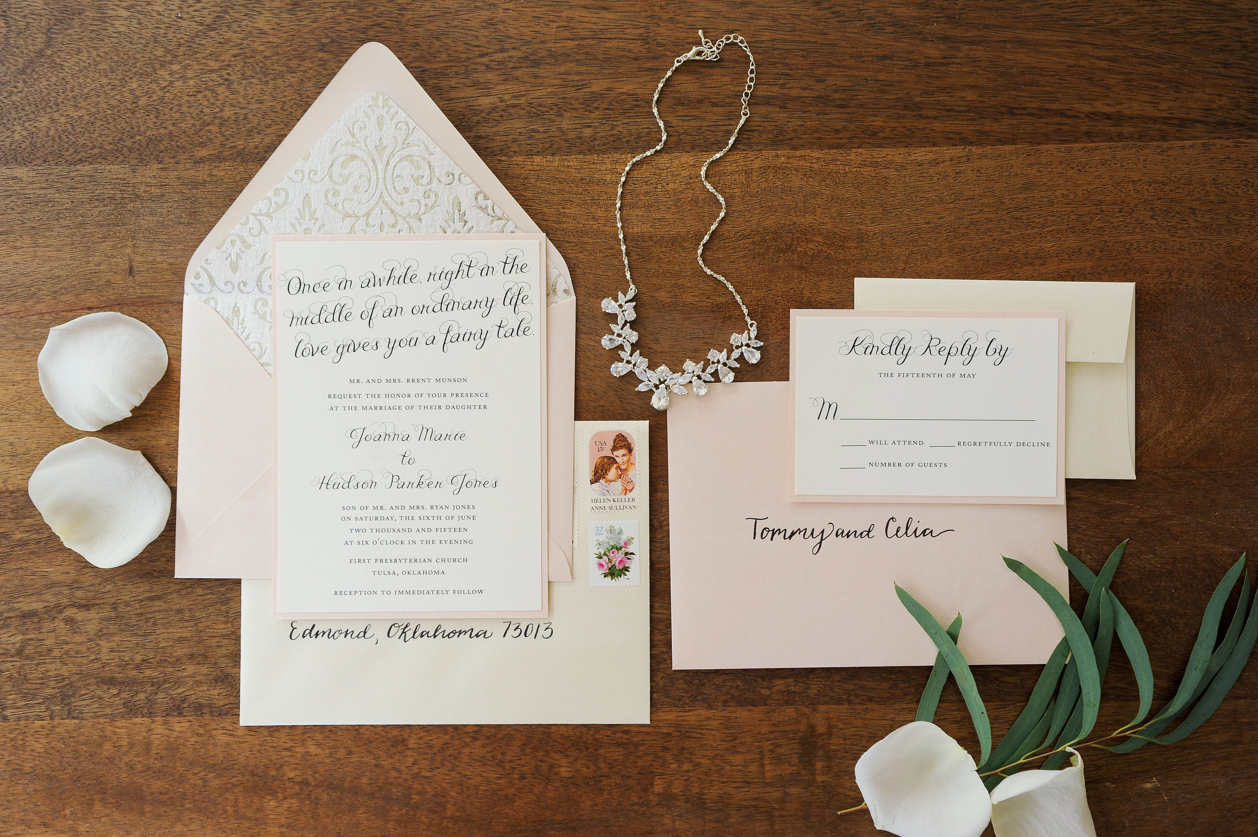 The Difference Between Minted and Custom Wedding Stationery
